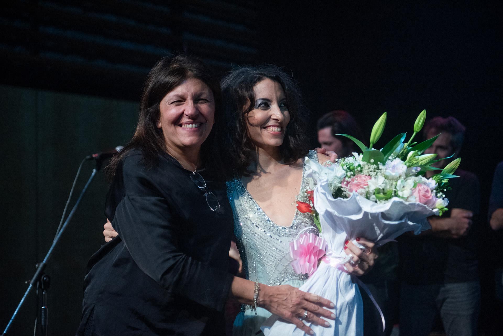 Sumaia junto a su madre, Alicia Daher