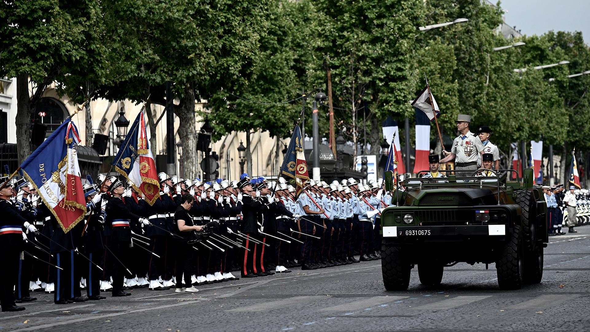 Casi 4.300 militares participaron del evento (AFP)