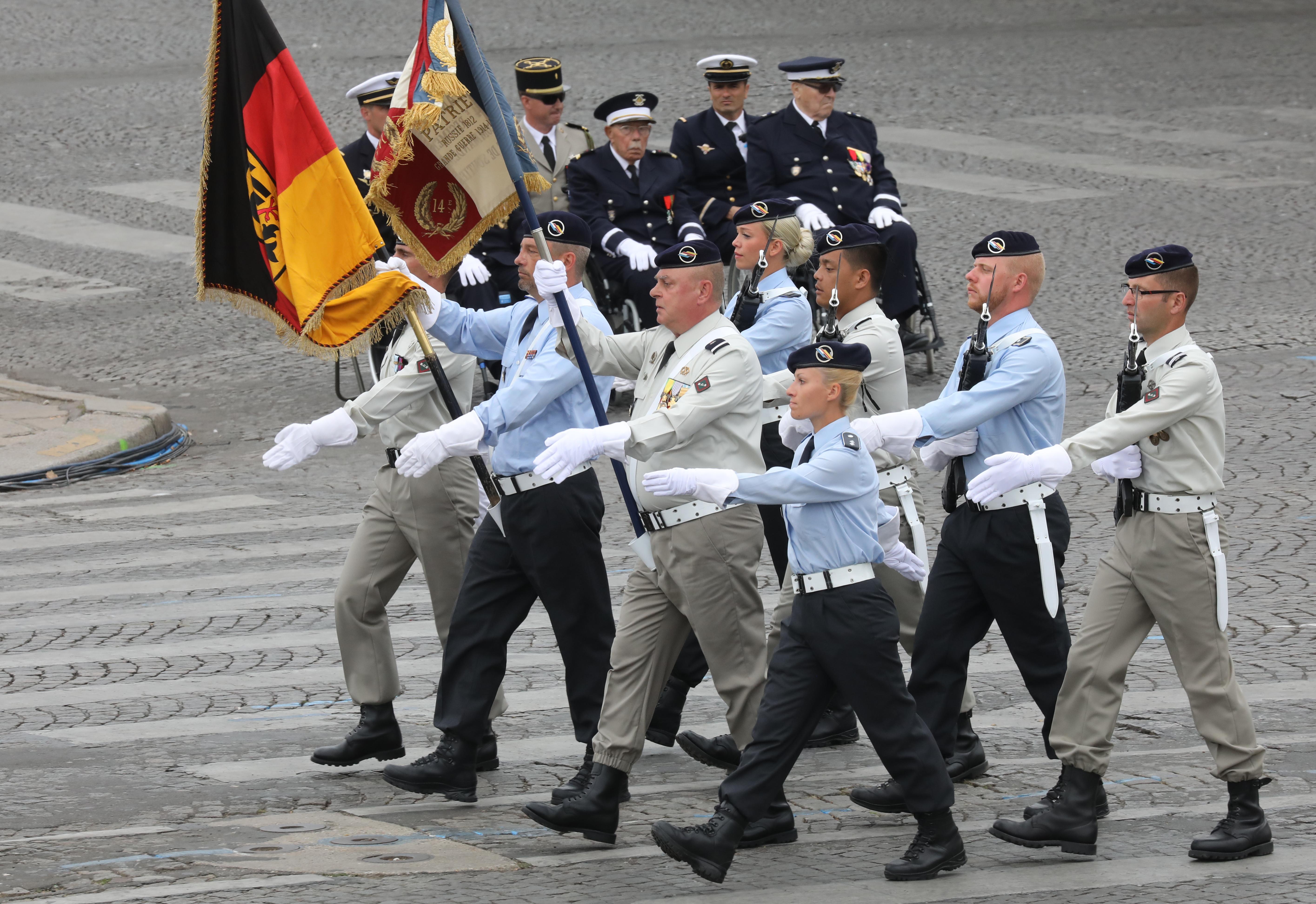 Soldados de la brigada francoalemana