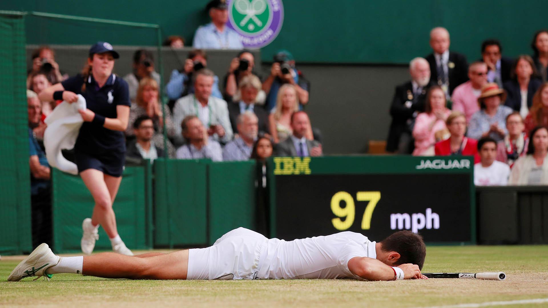 Djokovic supera por 26-22 a Federer en el historia entre ambos (REUTERS)