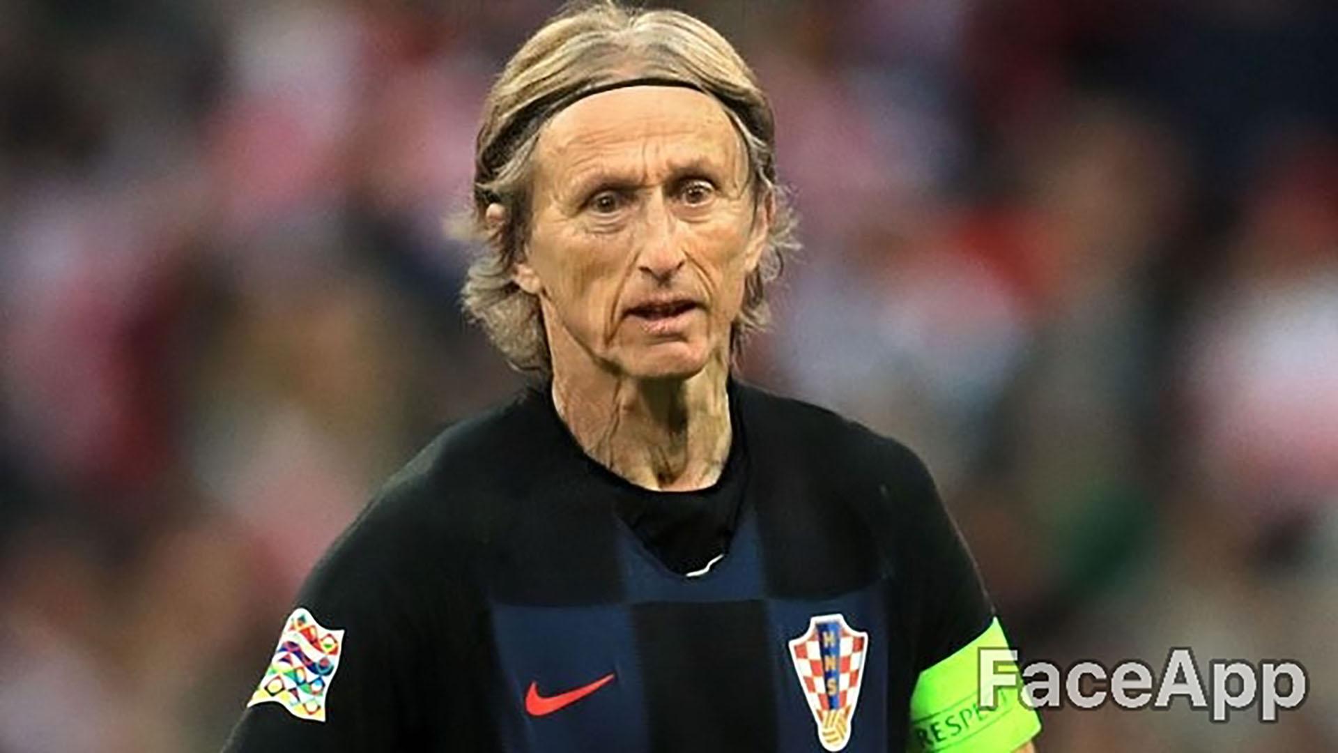 Luka Modric se niega a sacarse la cinta de capitán del seleccionado croata, a pesar de tener casi 80 años