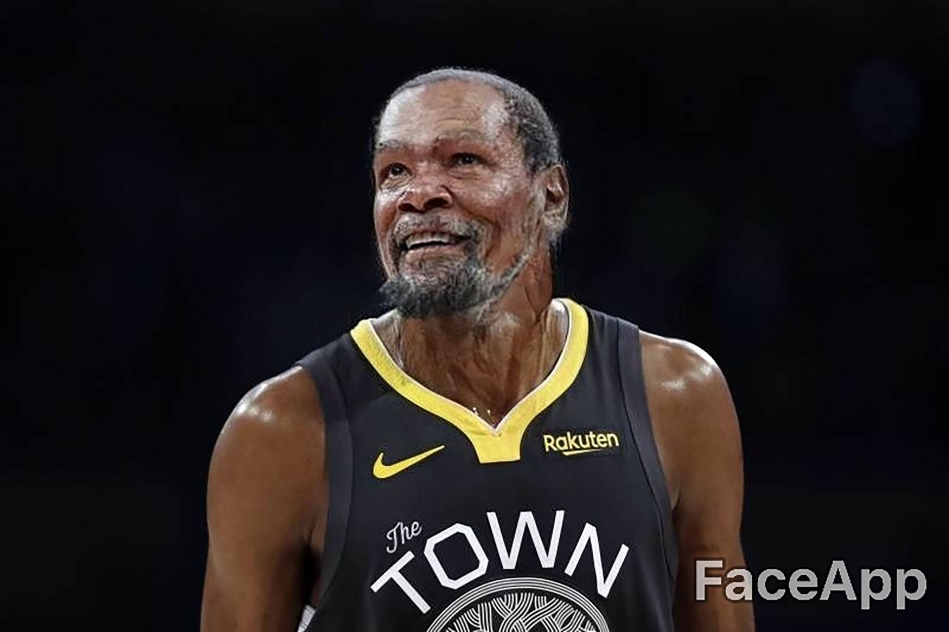 Año 2045, Kevin Durant sigue siendo la estrella de la NBA