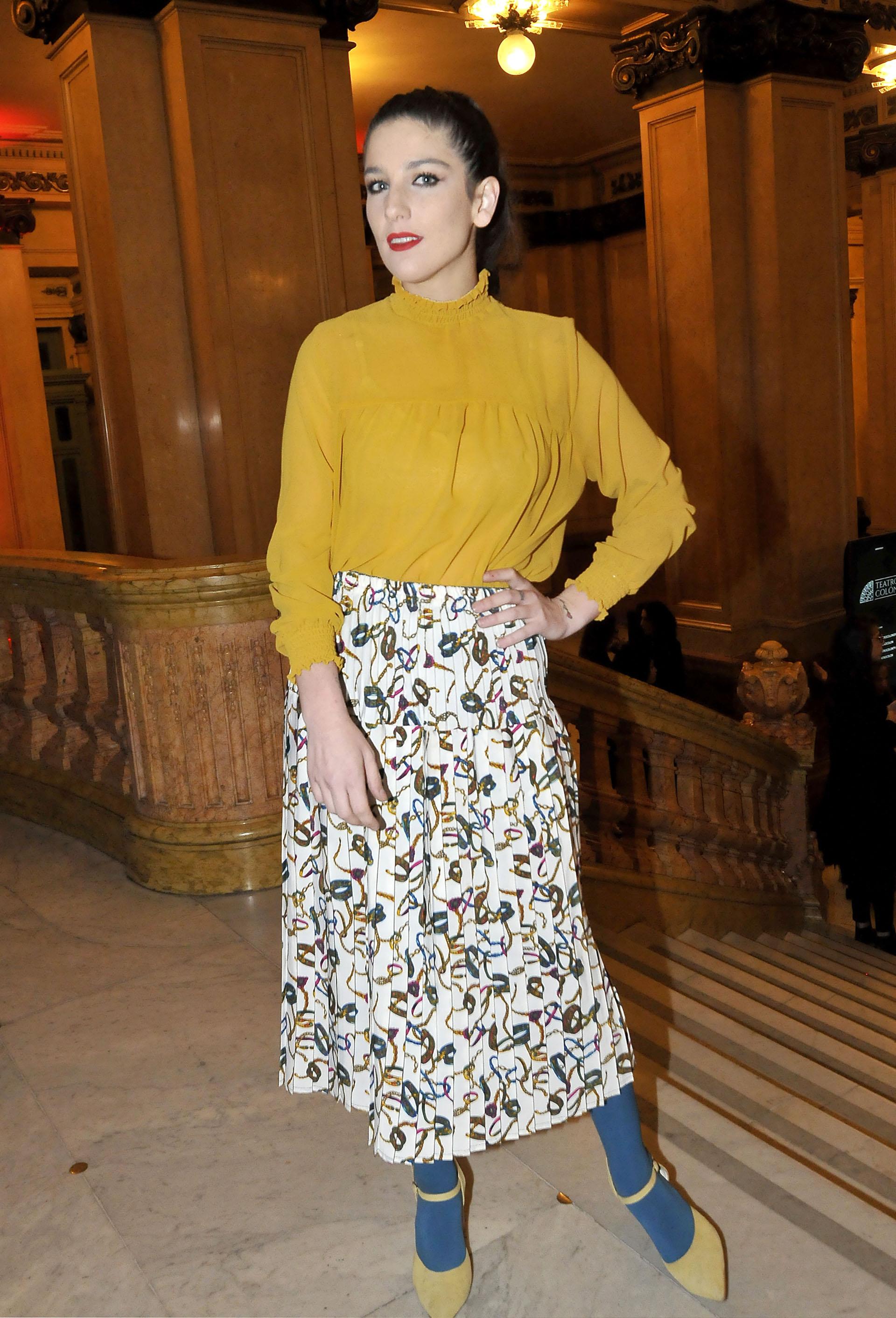 La actriz, Juanita Repetto eligió un vestuario más colorido