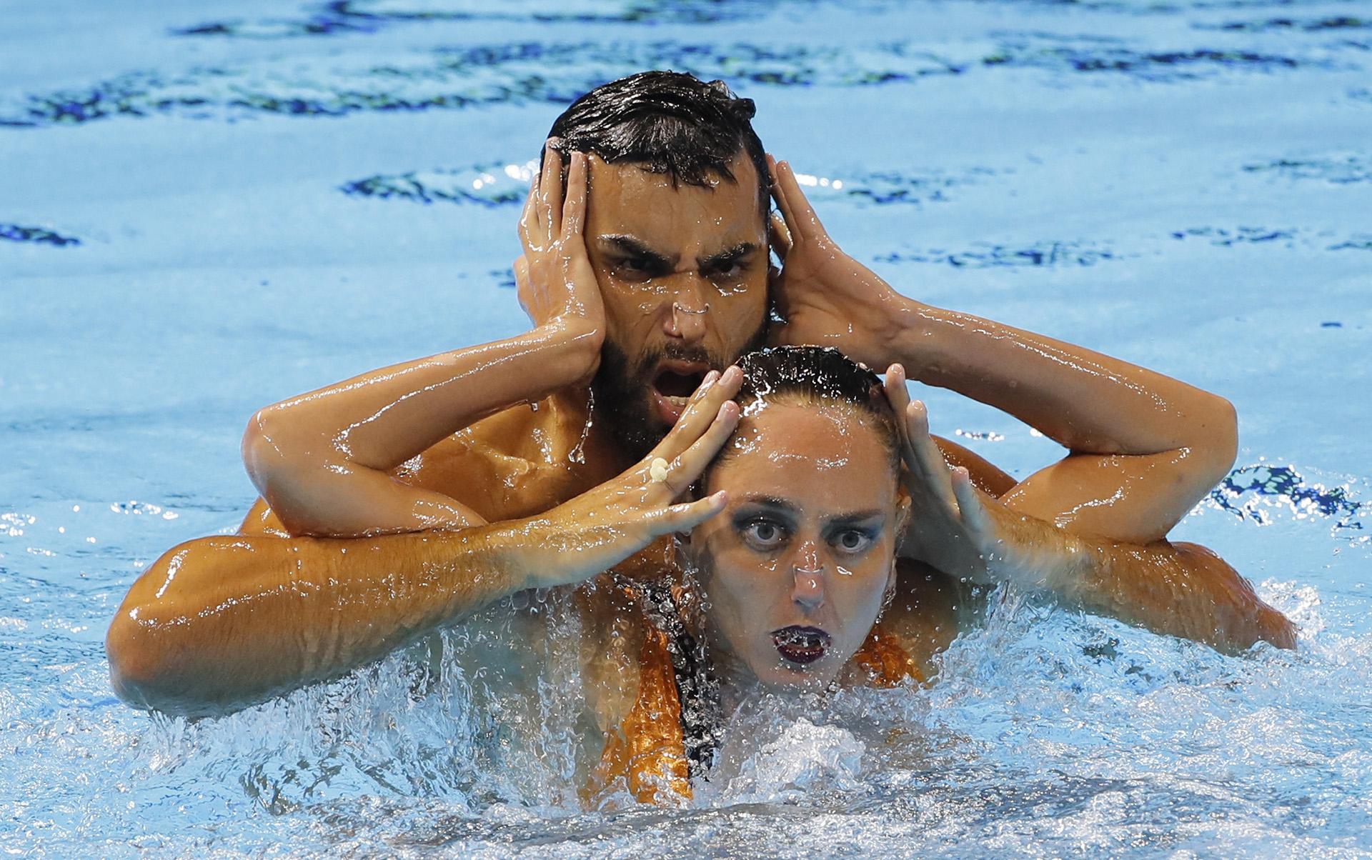 os brasileños Giovana Stephan y Renan Souza en plena competencia