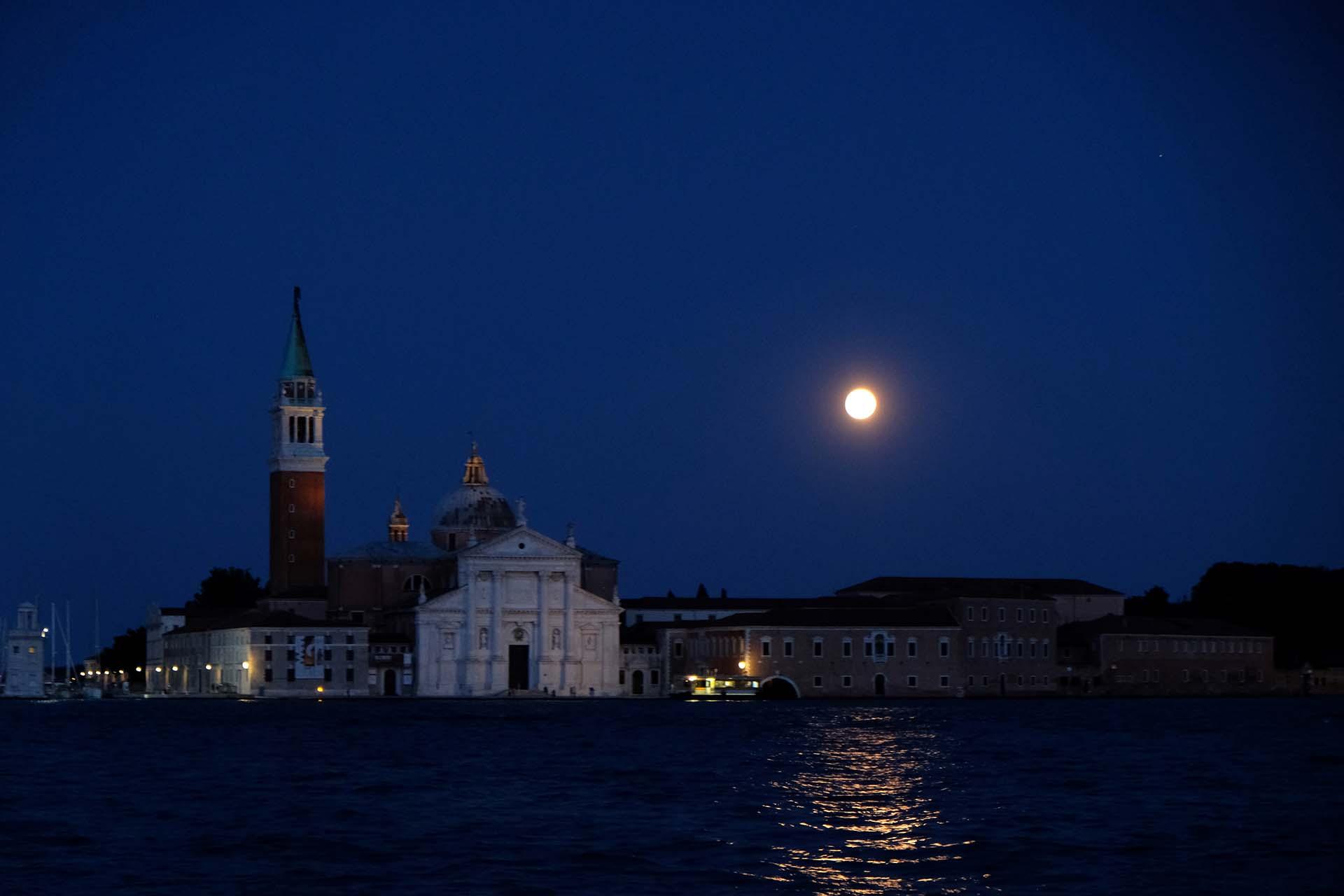 Así se vio en Venecia, Italia(REUTERS/Manuel Silvestri)