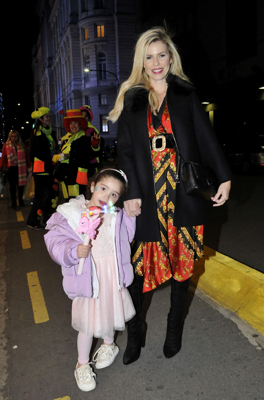 Lola Bezerra junto a su hija Josefina (Teleshow)
