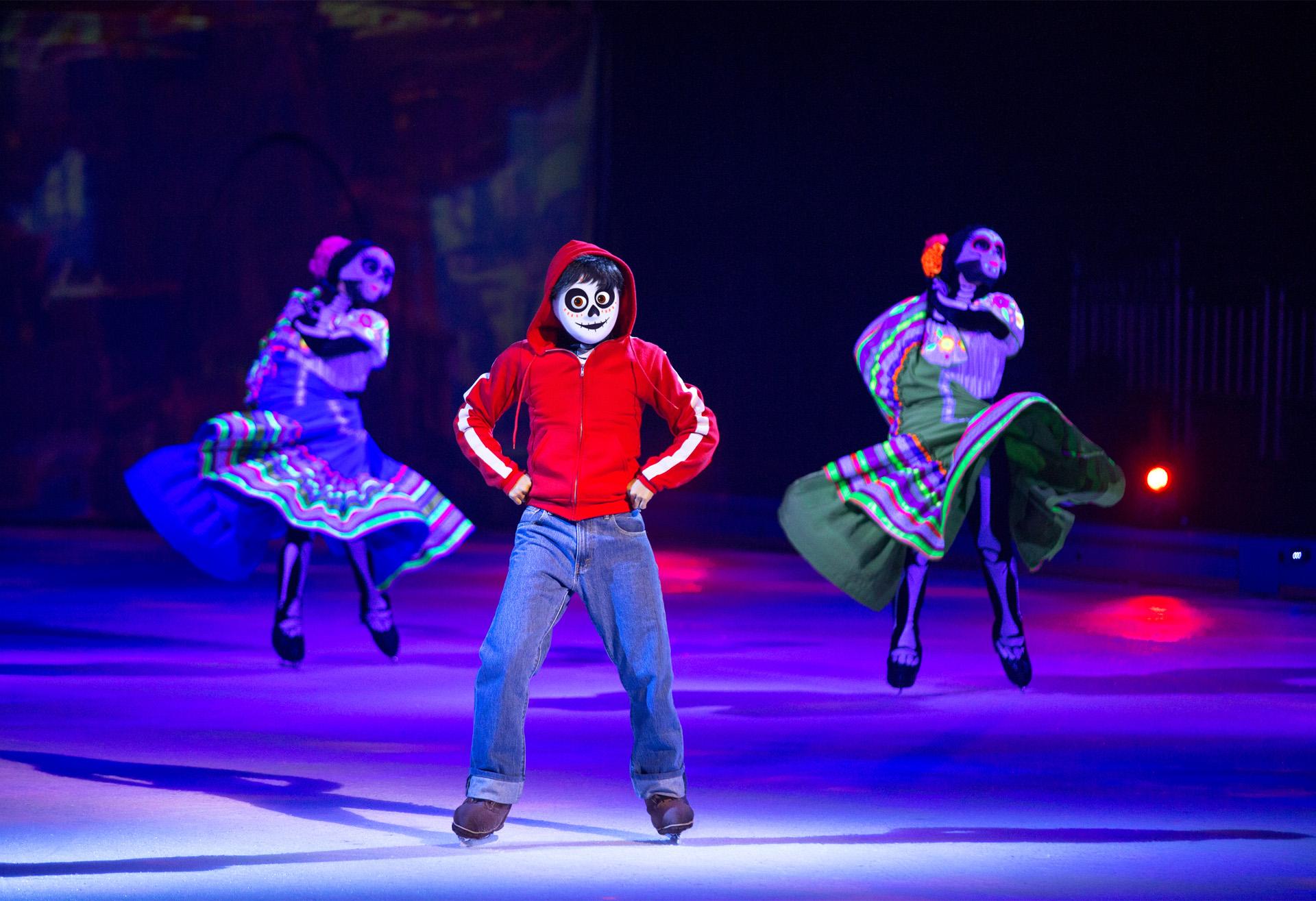 """La coreografía de """"Coco"""" en Disney on ice"""