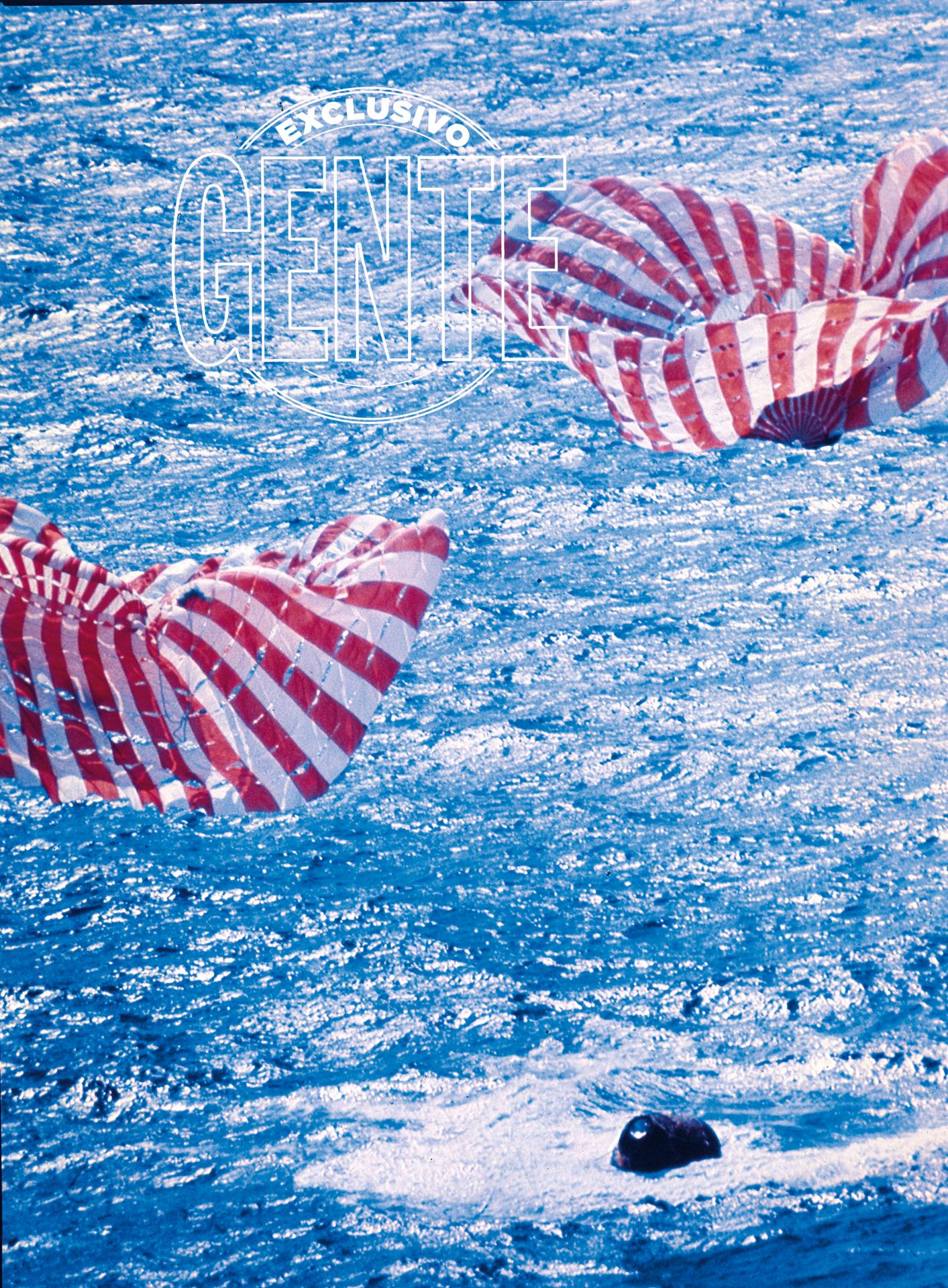 Amerizan a las 18:50 del 24 de julio, ocho días, tres horas, 18 minutos y 35 segundos después de que el Saturno V dejara atrás la rampa de lanzamiento del Complejo 39, en la península de Florida. Lo hacen sobre un área con tiempo estable: 1.500 kilómetros al sudoeste de las islas Hawai.