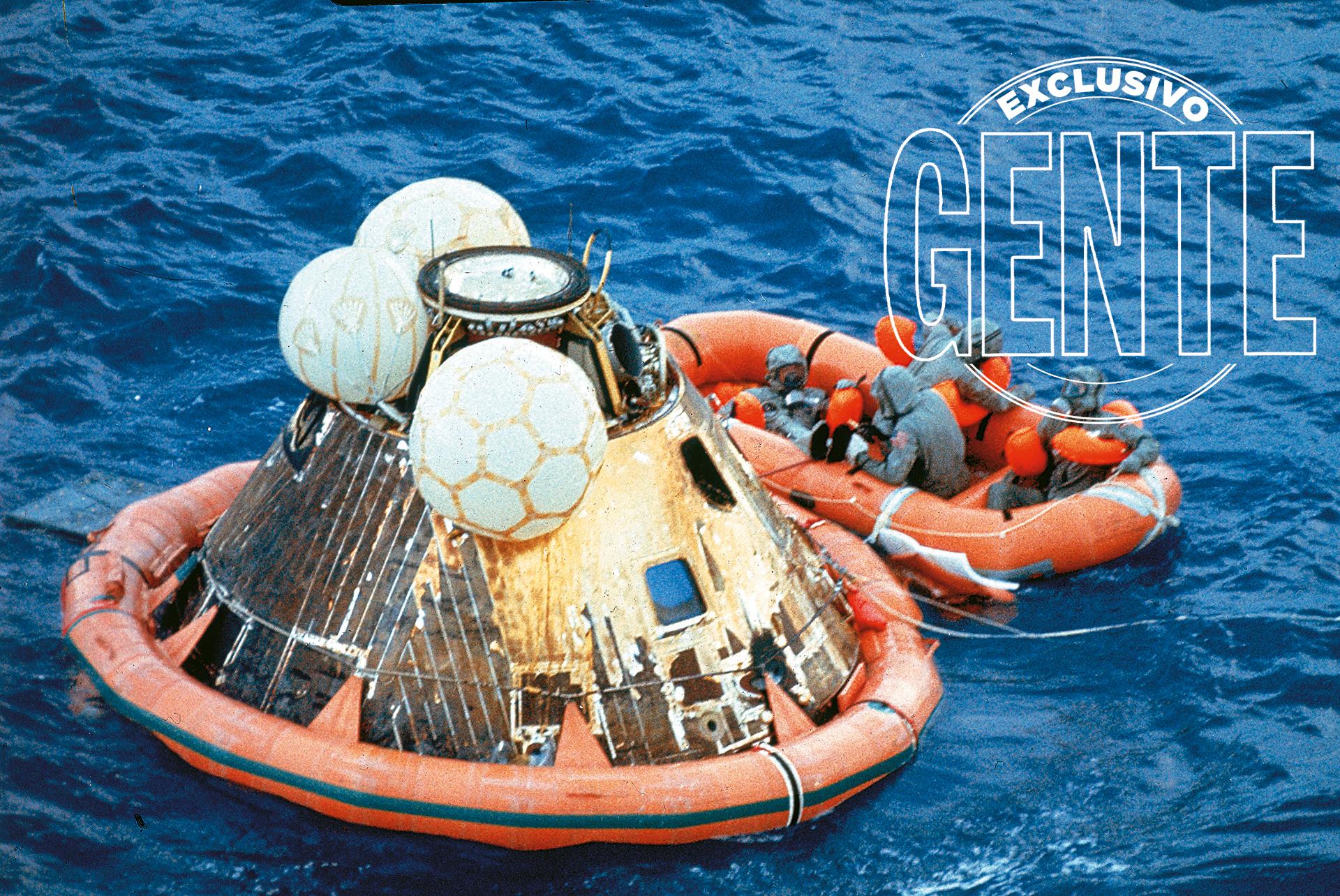 Son recogidos del Océano Pacífico por los tripulantes del USS Hornet, un portaaviones de la Segunda Guerra Mundial. La misión, considerada uno de los momentos humanos más significativos jamás cristalizados, fue la primera de un total de seis expediciones exitosas a la Luna, con doce astronautas caminando sobre ella. El último, el americano Eugene Cernan, en diciembre de 1972.