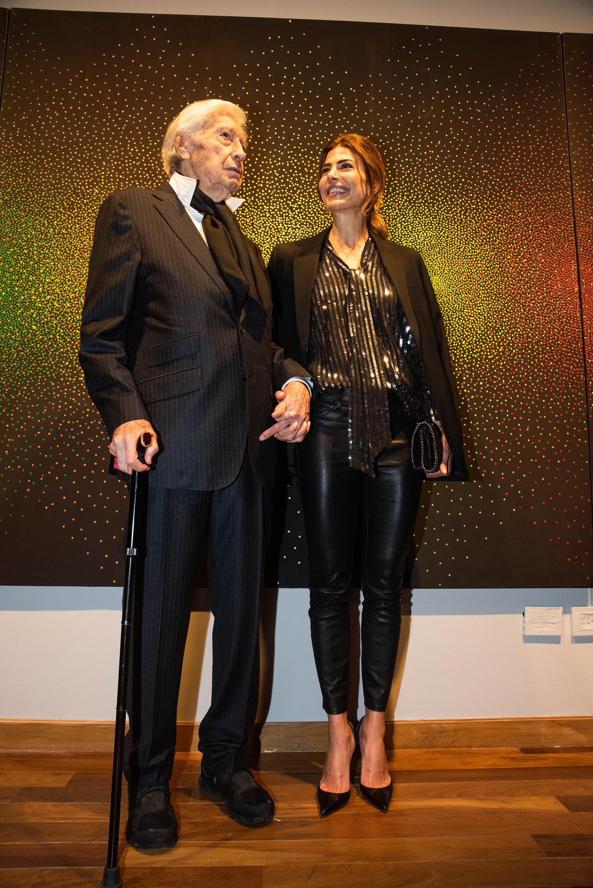 Julio Le Parc y Juliana Awada en la gran apertura del homenaje al artista conceptual argentino