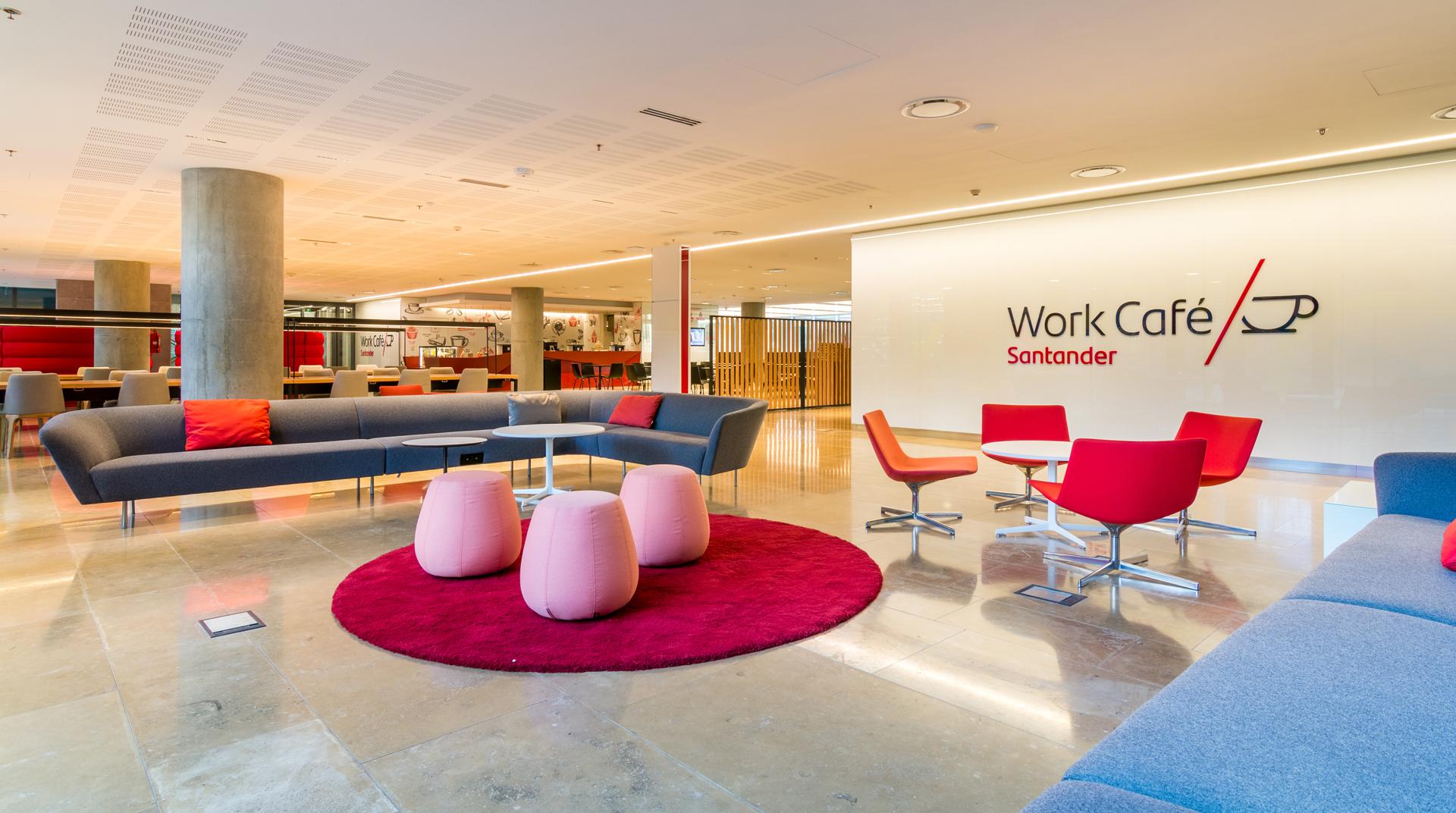 Work Café, un espacio que fomenta el emprendedurismo y la colaboración.