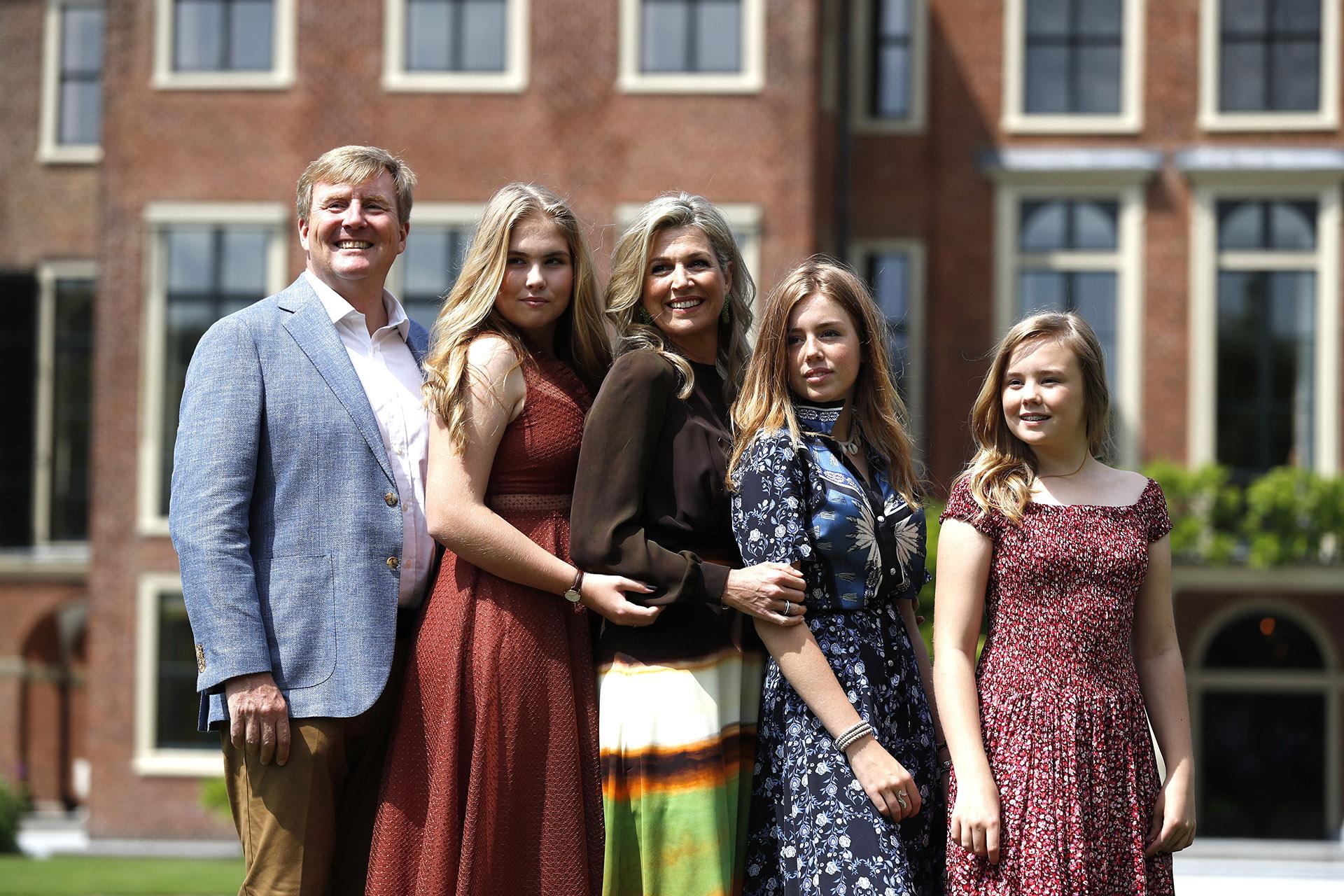 Este verano la posta familia cambió de escenografía ya que se mudaron al nuevo palacio