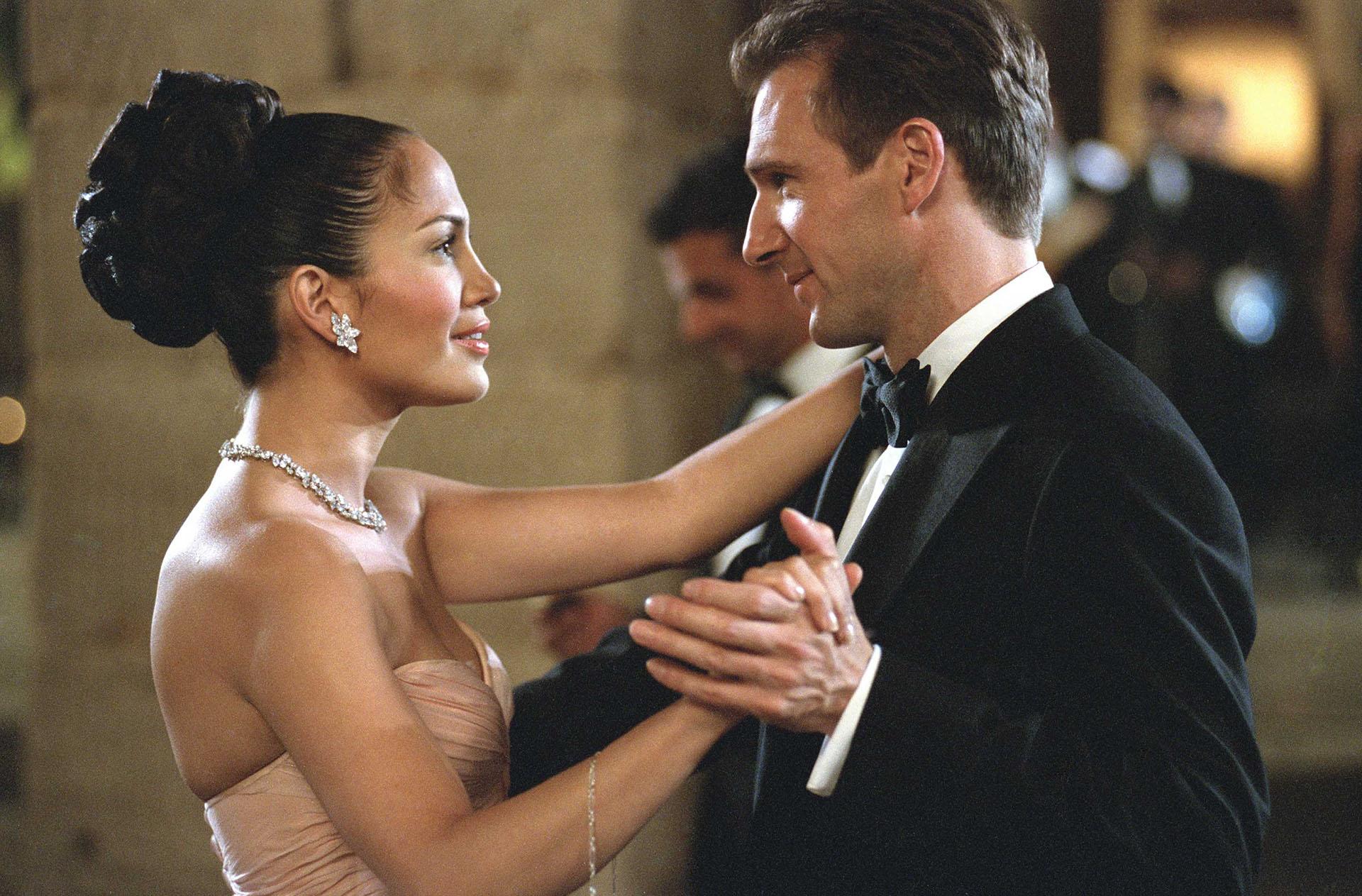 """Con Ralph Fiennes en """"Maid in Manhattan"""" /Shutterstock"""