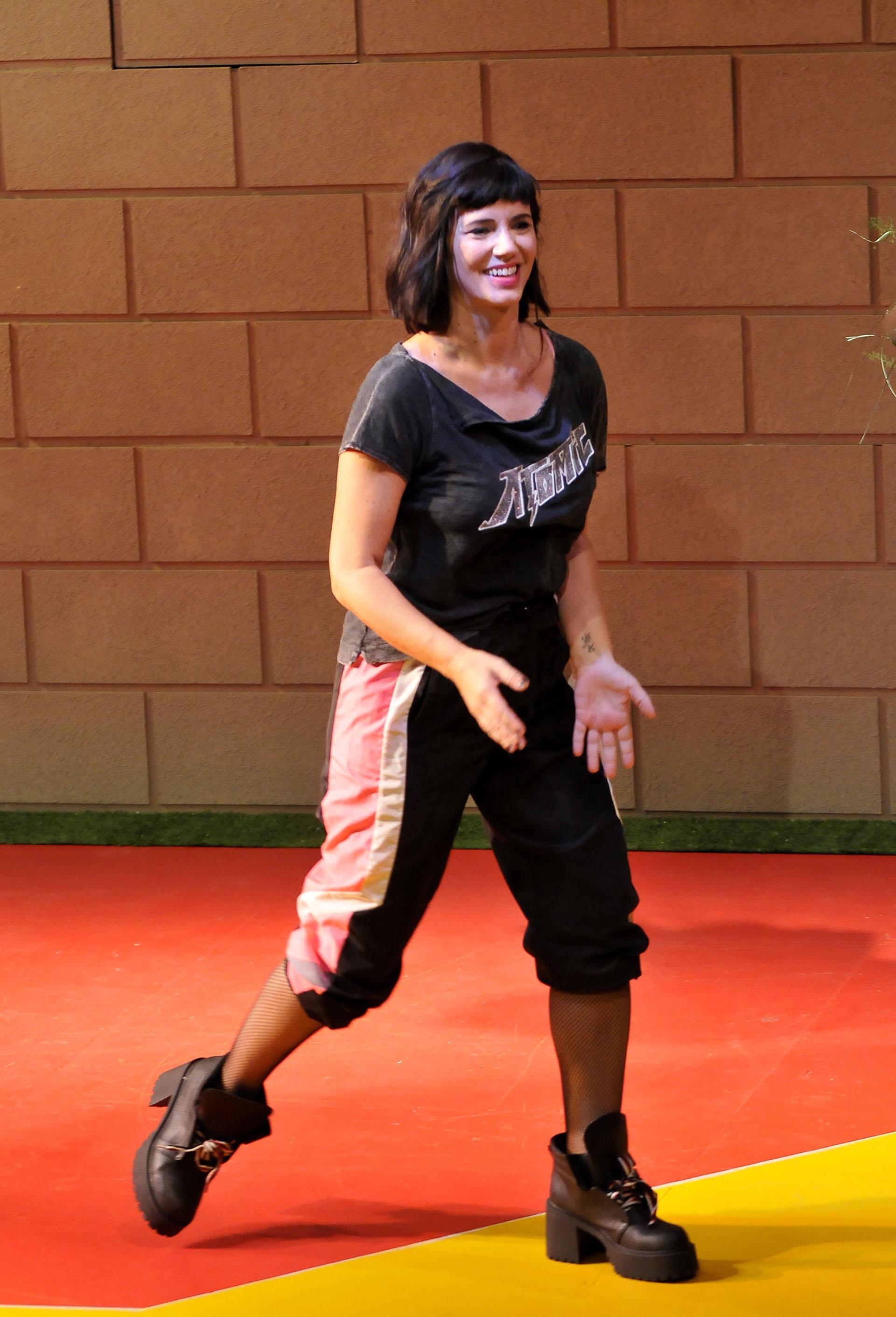 La actriz y bailarina se pone en la piel de Victoria, una mujer de clase media