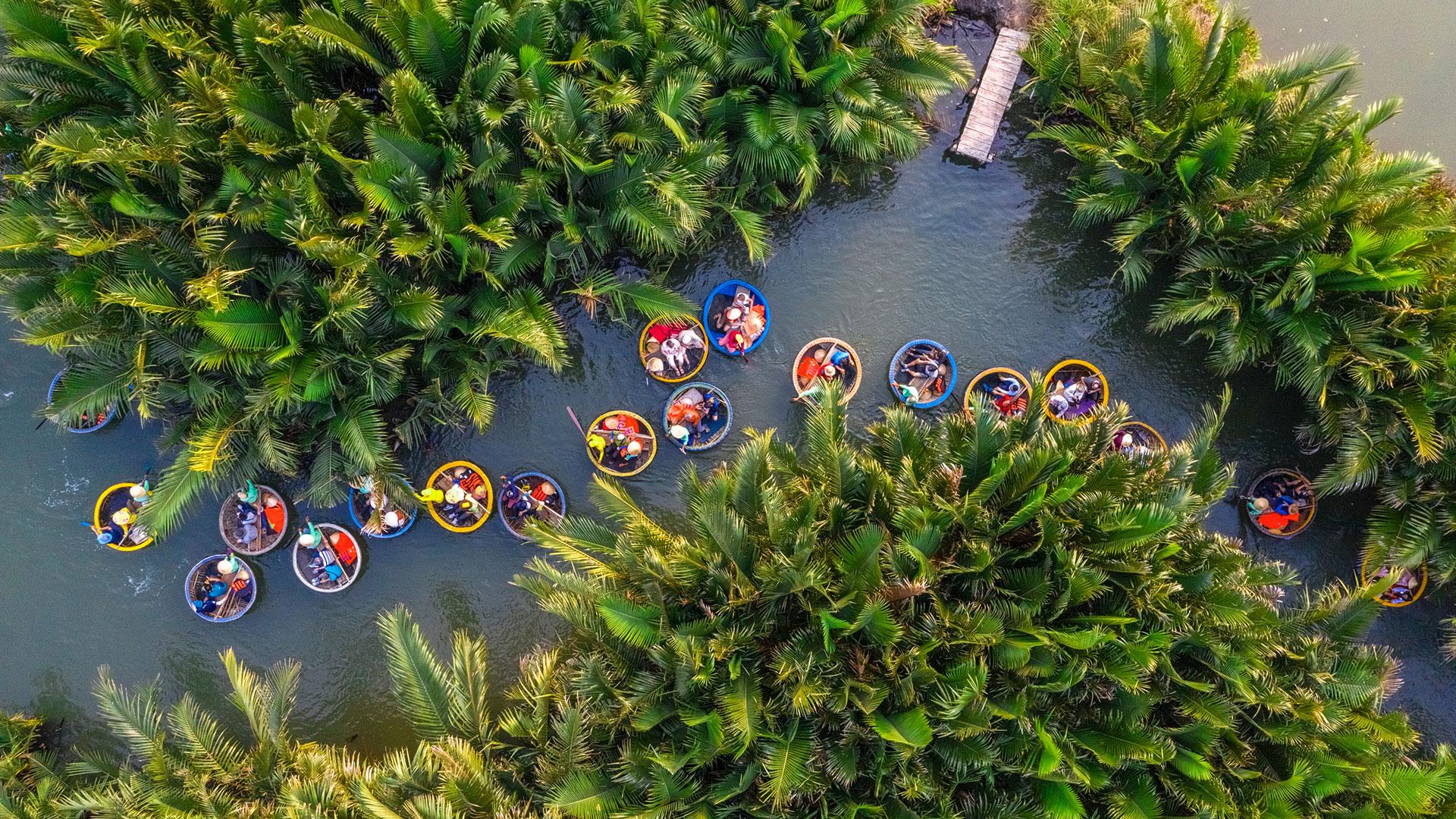 La pintoresca e histórica ciudad de Vietnam se caracteriza por una combinación única de arquitectura china, japonesa, vietnamita y francesa. La gastronomía local, los mercados, los templos y los canales convierten a Hội An en la mejor urbe del planeta