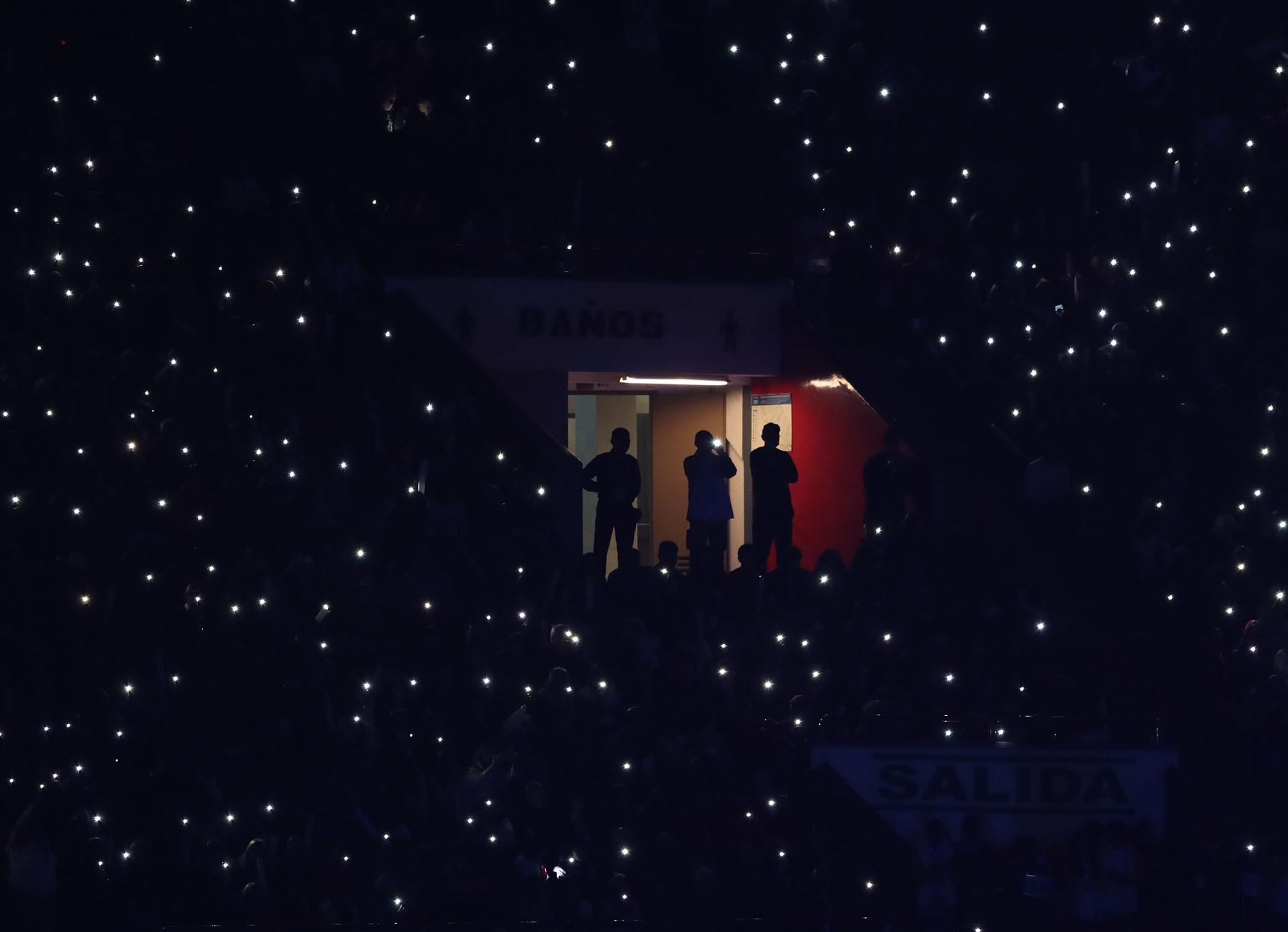 El público también fue protagonista en la ceremonia de apertura (REUTERS/Ivan Alvarado)