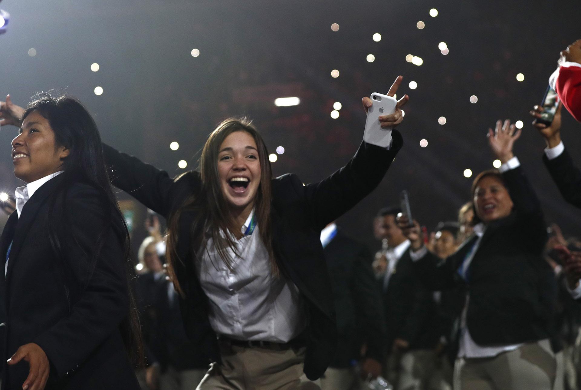 Parte de la delegación de Perú, la más numerosa de los Juegos Panamericanos (REUTERS/Susana Vera)
