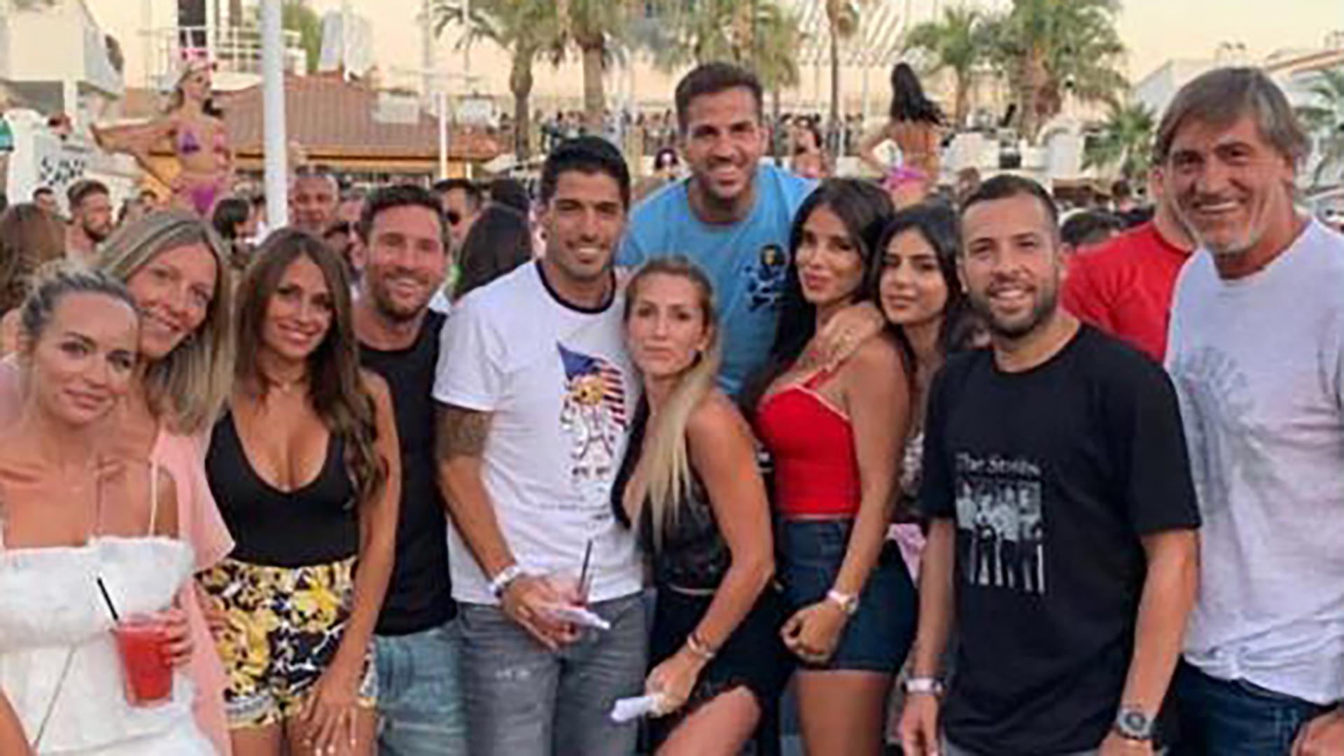 d4351724fec9 Lionel Messi salió a desmentir una presunta agresión de un fanático ...