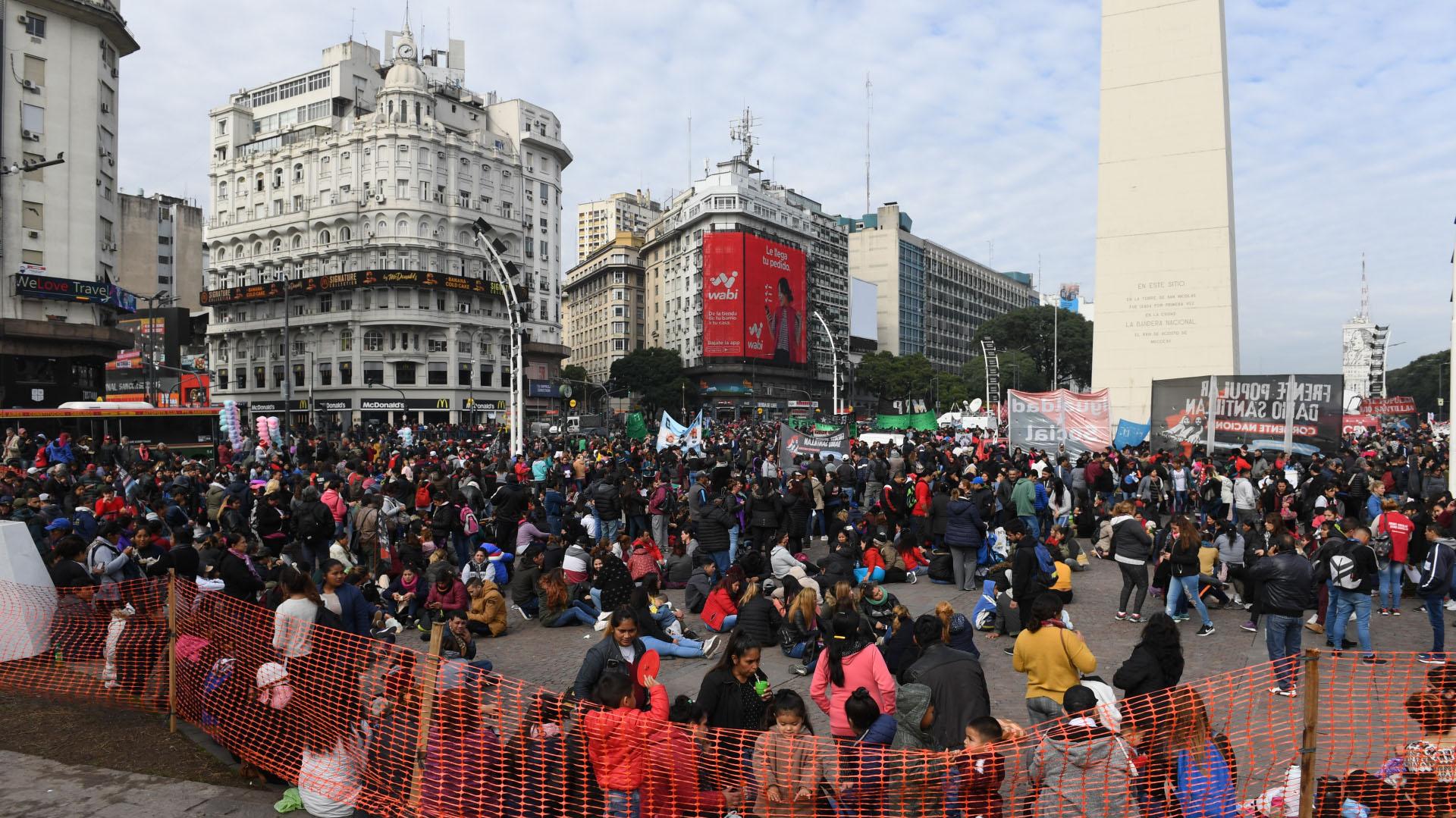 Participaron Frente Popular Darío Santillán (FPDS), Frente de Organizaciones en Lucha (FOL), Federación de Organizaciones de Base (FOB) y el MTD Aníbal Verón, entre otros