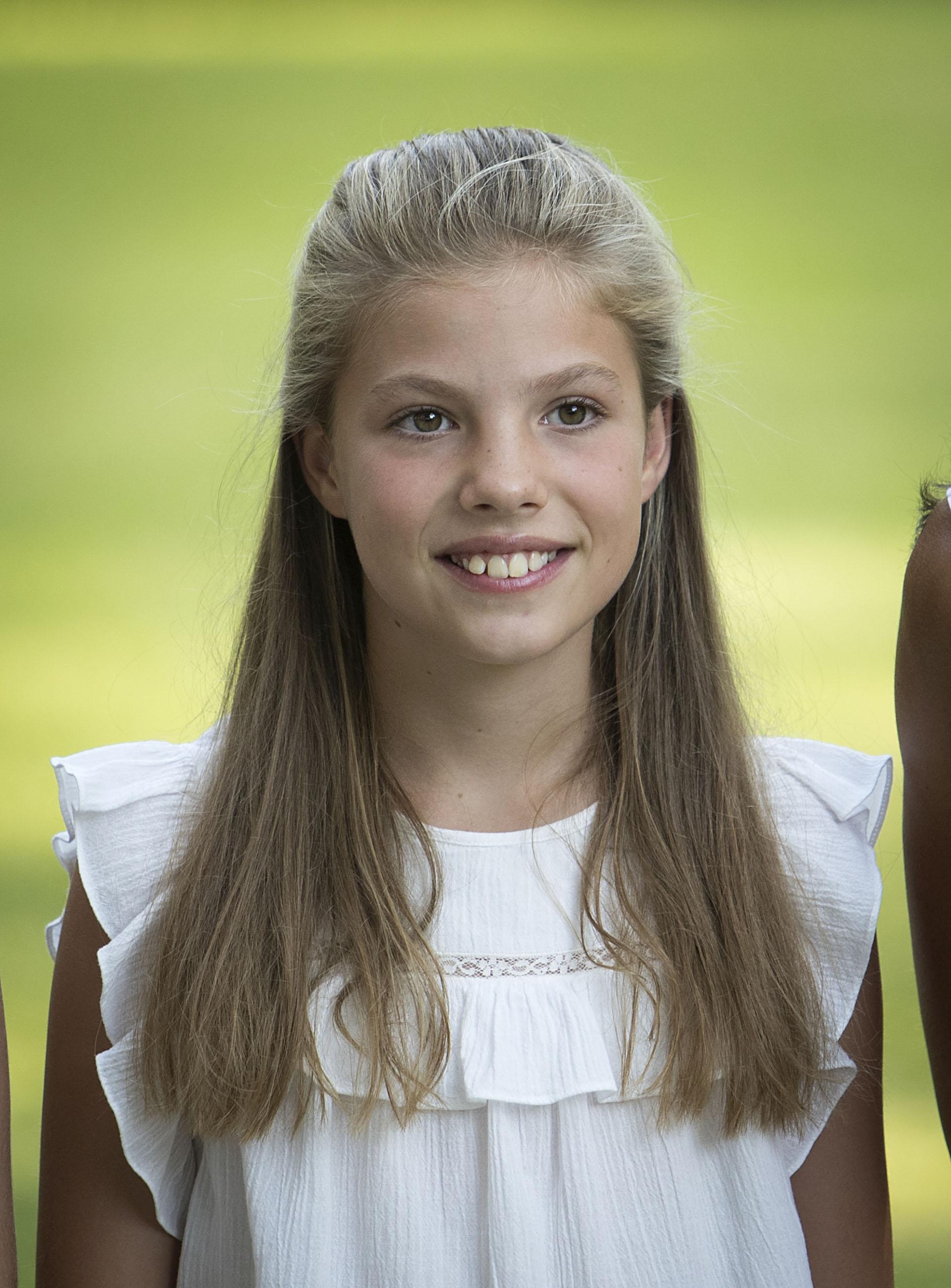 Sofia, la princesa menor, combinó camisa y bermudas
