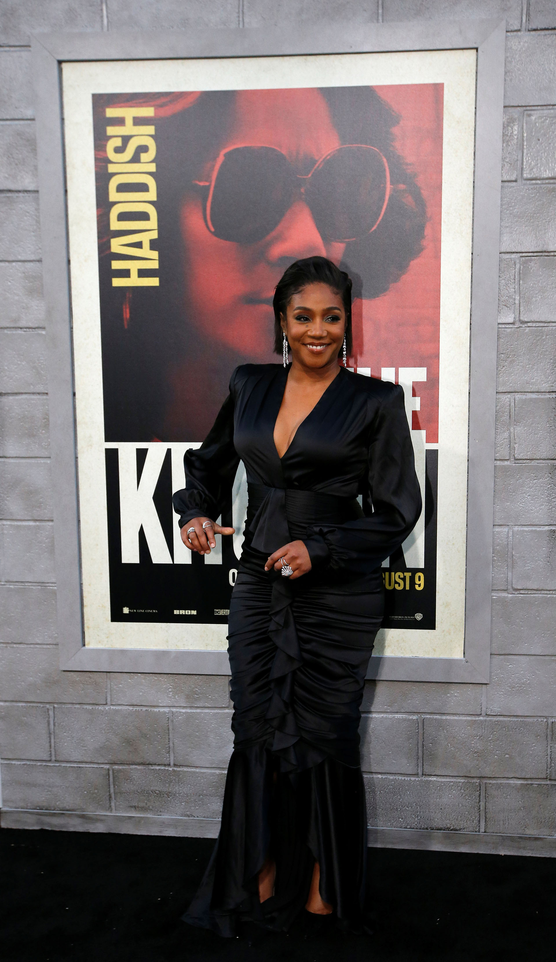 Tiffany Haddish con un total black look