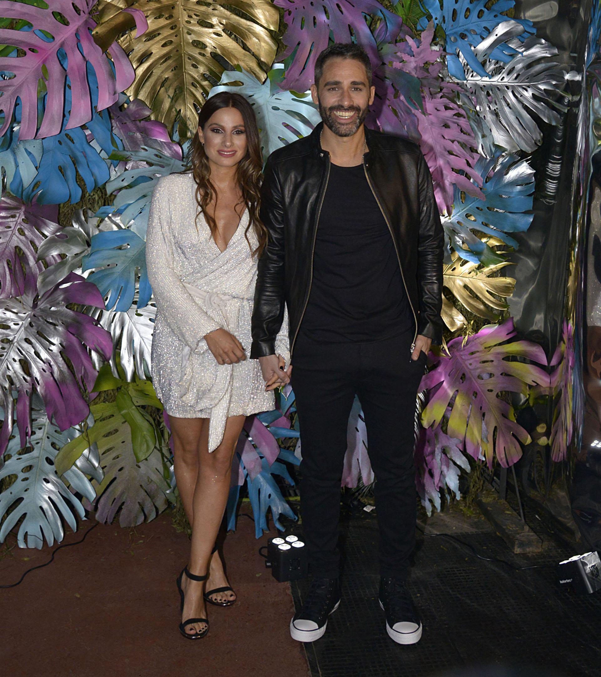 El Pollo Álvarez y Tefi Russo pasaron por el Registro Civil el miércoles. A la noche, celebraron su amor en el boliche Tequila