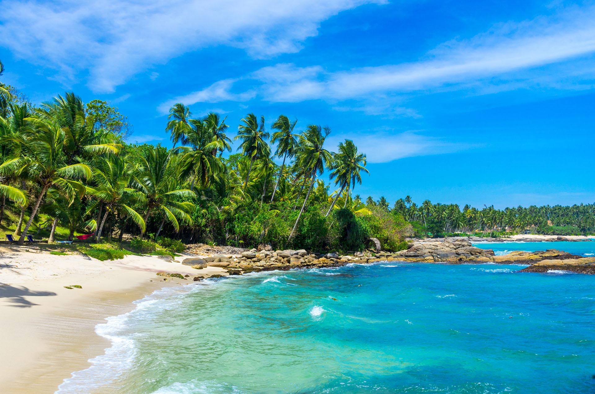 Tangalle es uno de los destinos turísticos menos populares de Sri Lanka. Y a pesar de que fue un pueblo de pescadores de a poco se está metiendo en el radar del turismo global