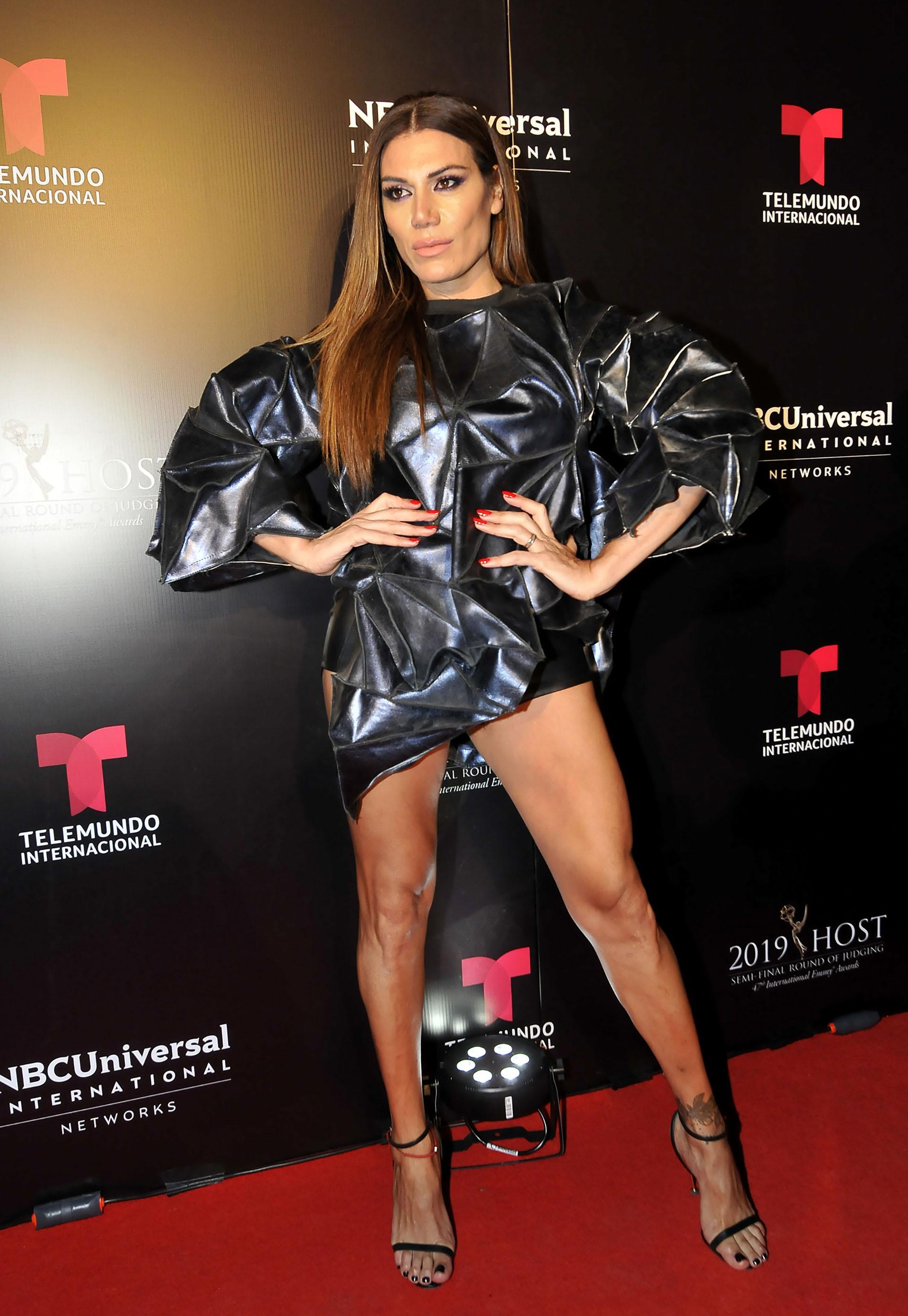Flor de la V lució su vestido en los International Emmy Awards (Foto: Darío Batallan / Teleshow)