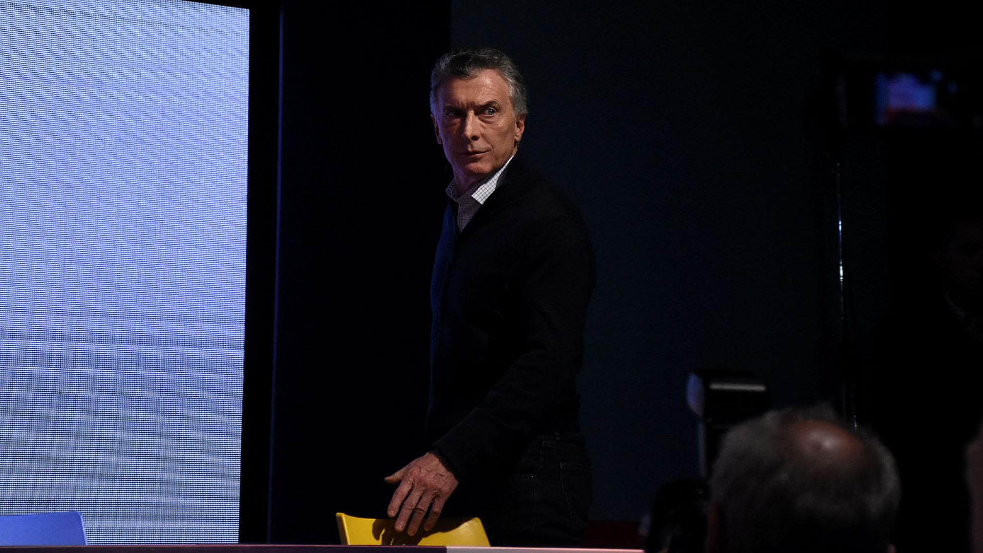 Durante toda la noche del domingo, el presidente Mauricio Macri evidenció su consternación por los resultados de los comicios (Nicolas Stulberg)