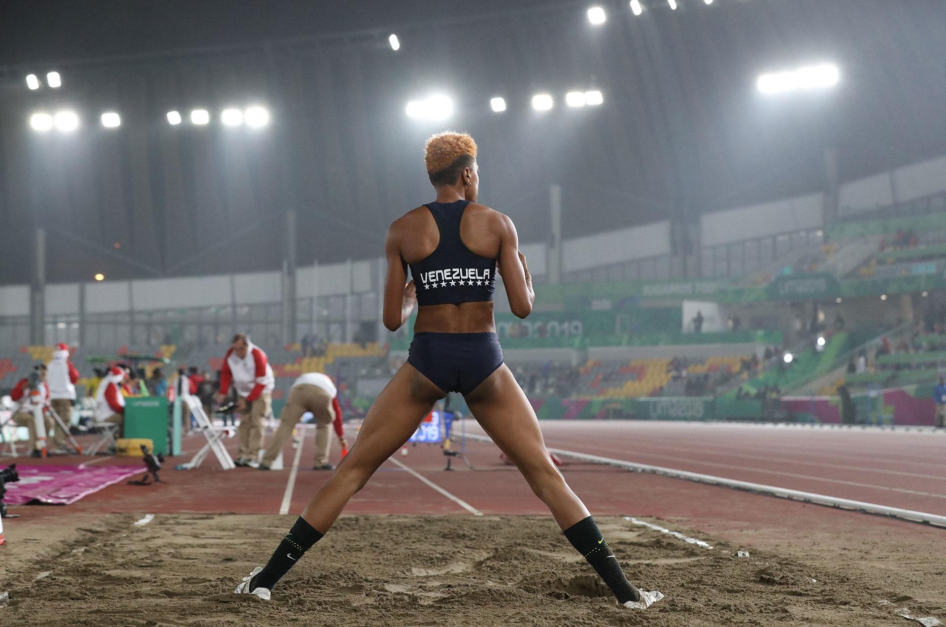 Yulimar Rojas de Venezuela espera sus resultados en salto triple