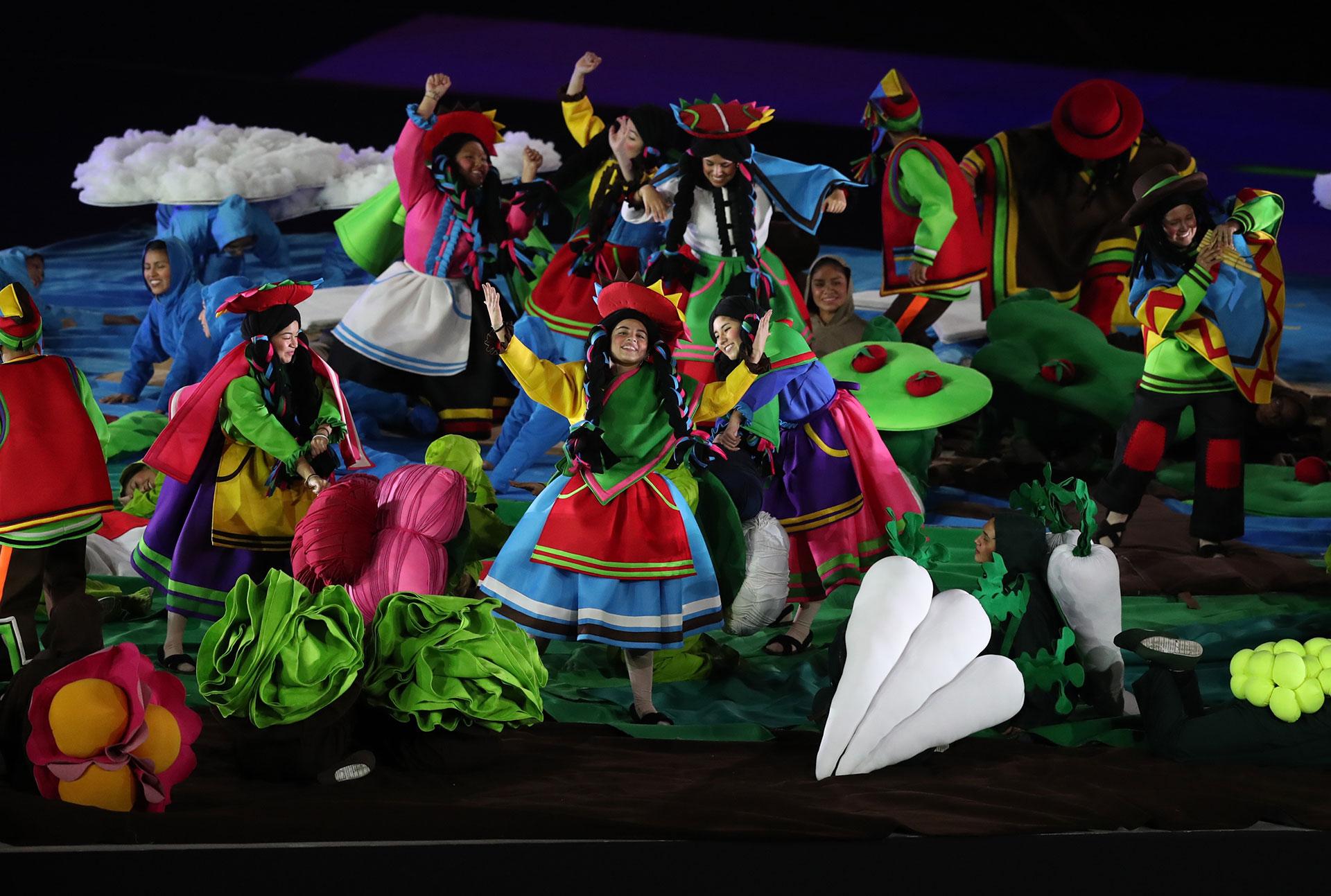 El cierre ofreció imágenes típicas de Perú