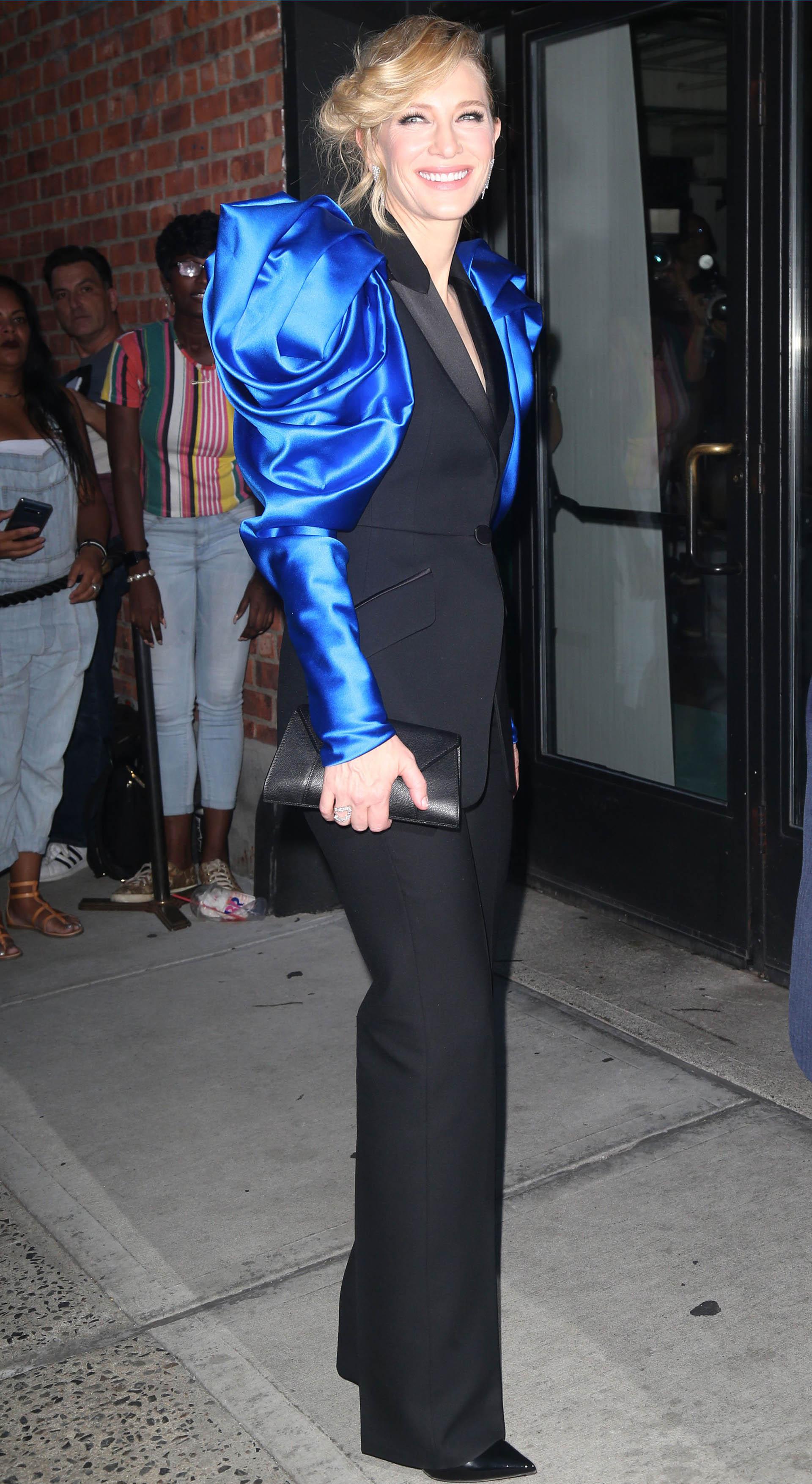"""La actriz Cate Blanchett se presentó con un look espectacular en la gala de la presentación de """"¿Dónde estás, Bernadette?"""""""