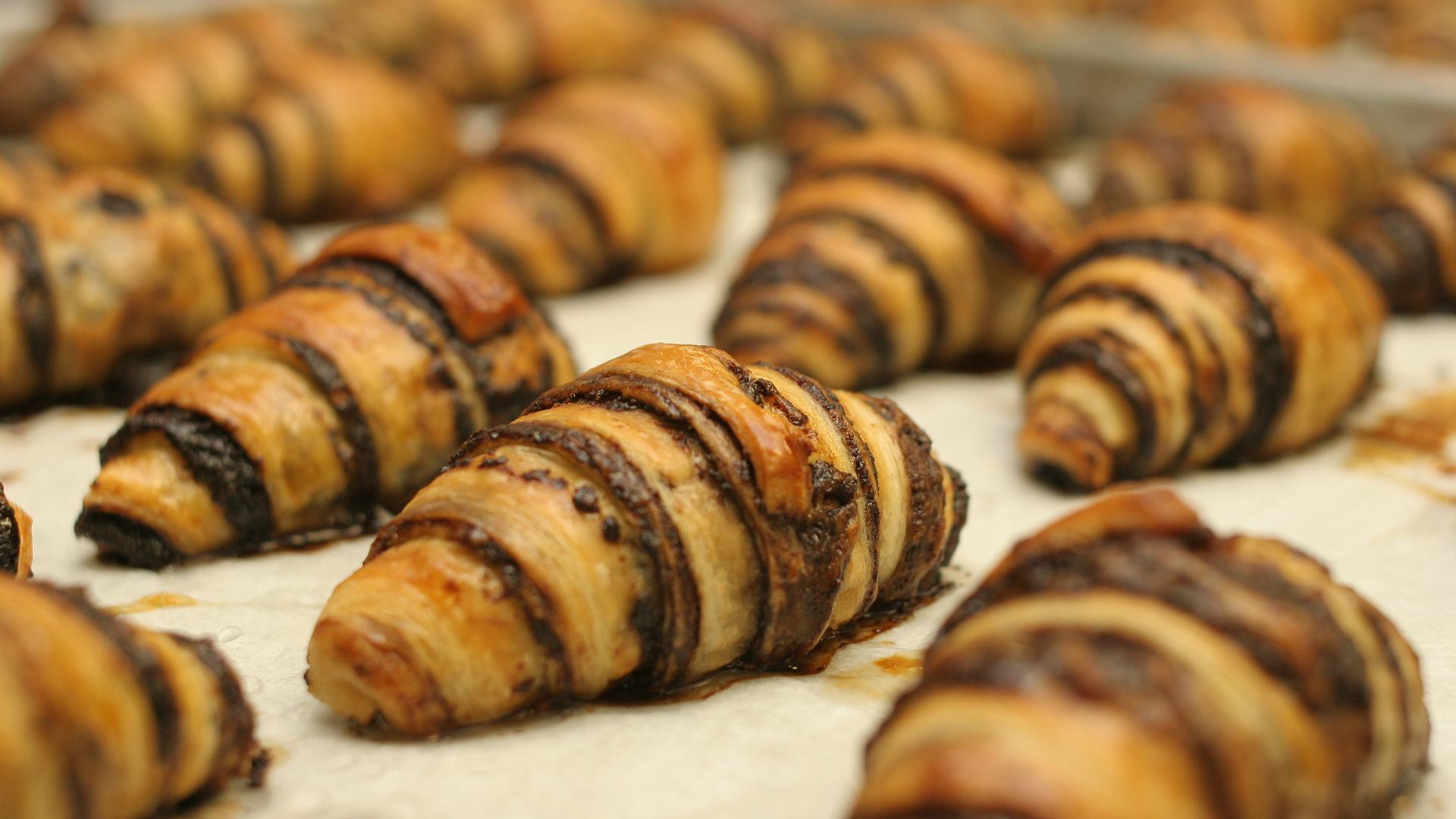 El rugelach es un dulce judío de origen askenazi de Polonia. Es muy popular en Israel, donde se lo encuentra en la mayoría de los cafés y panaderías