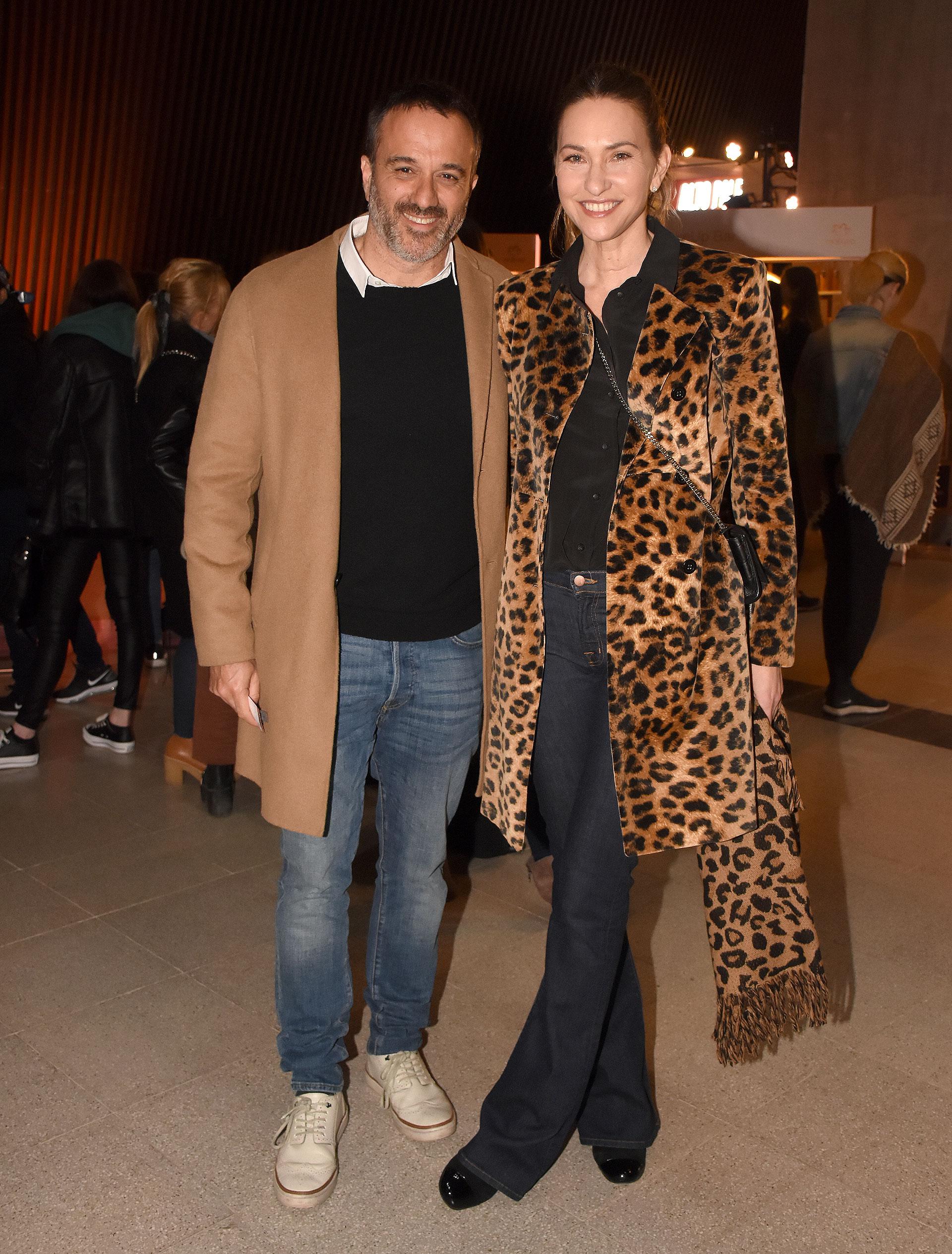 Andrea Bursten y su novio, Damián Schuchner