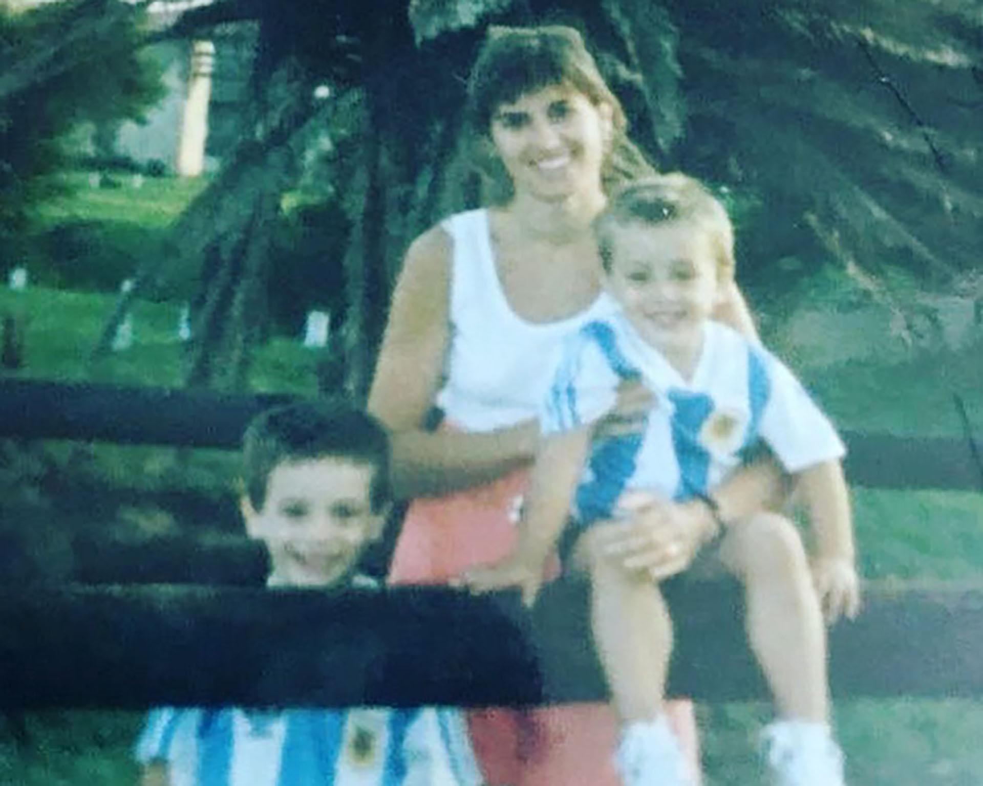 Con la camiseta argentina desde niño: Germán Pezzella, actual defensor del conjunto nacional
