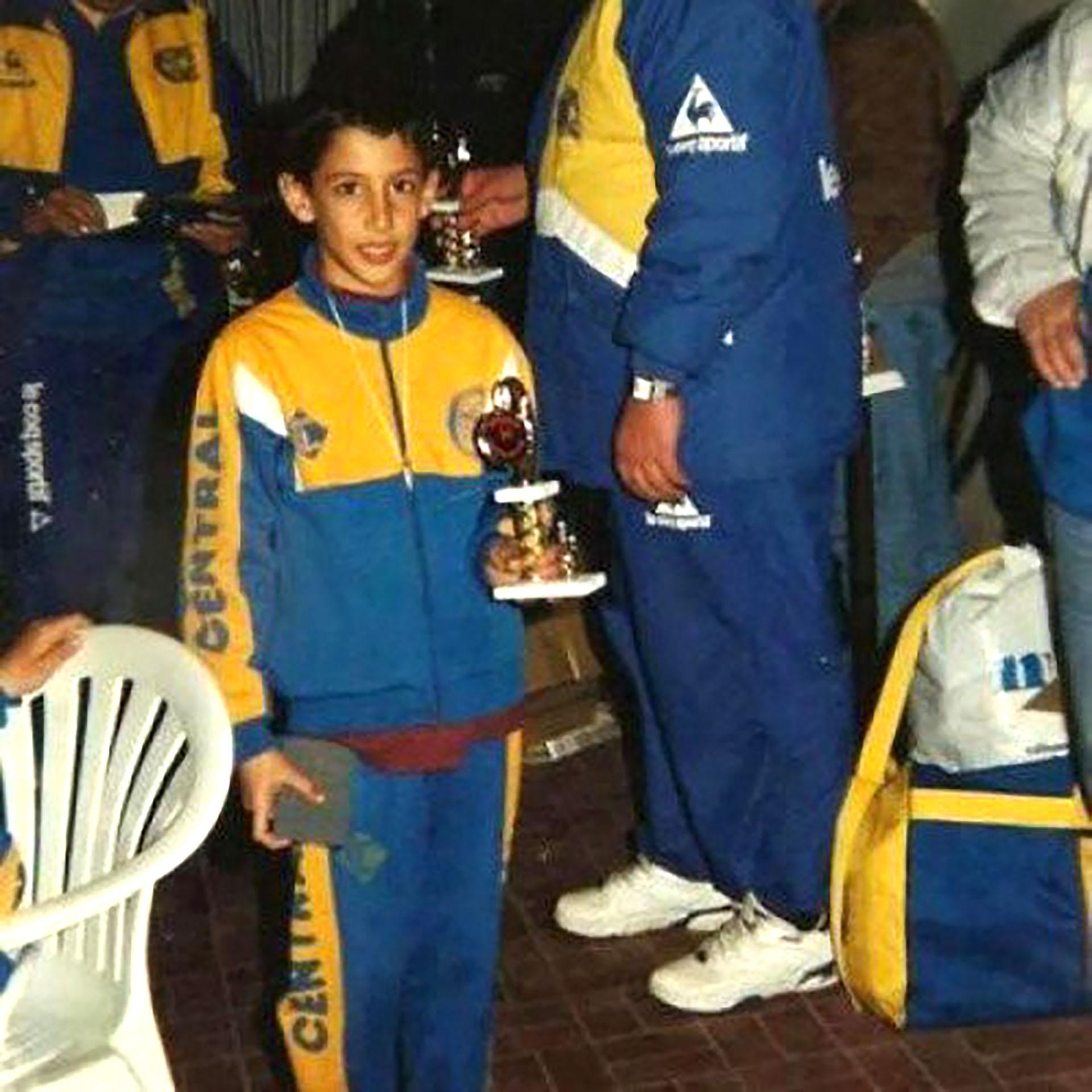 Otro con premio en mano: Ángel Di María en Rosario Central