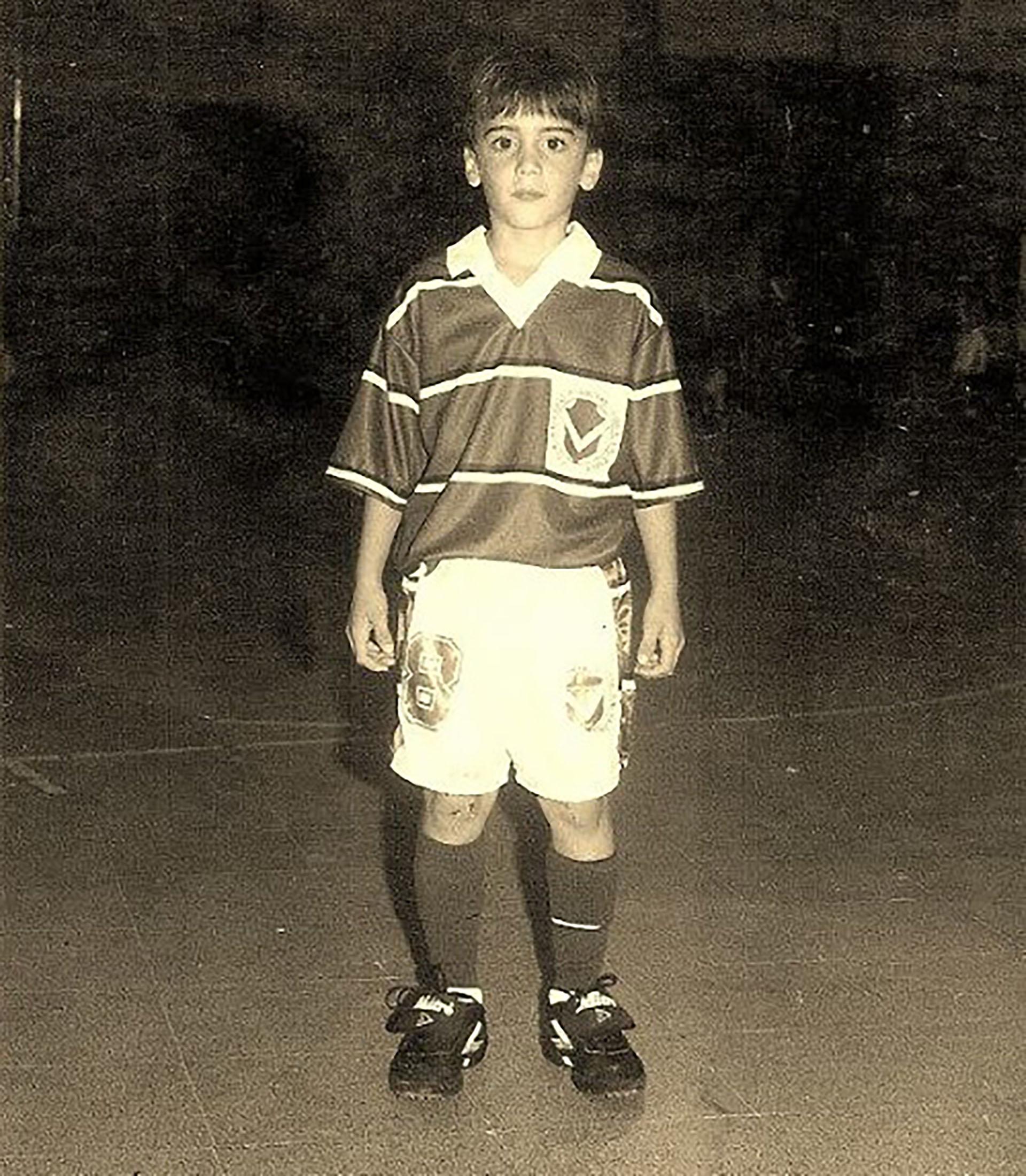 Nicolás Tagliafico preparado para jugar al baby fútbol
