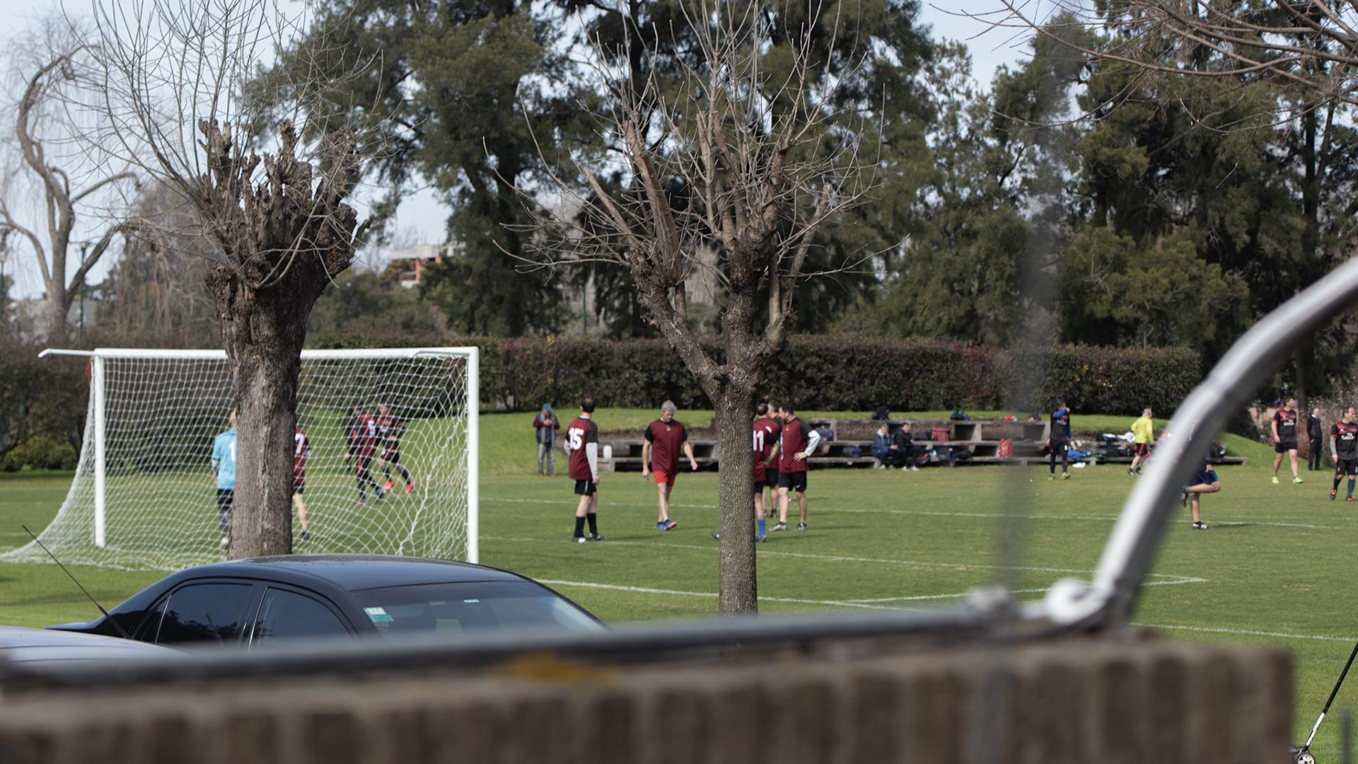 Pese a la reunión que encabezó el Presidente, Los Abrojos mantuvo su tradicional campeonato de fútbol