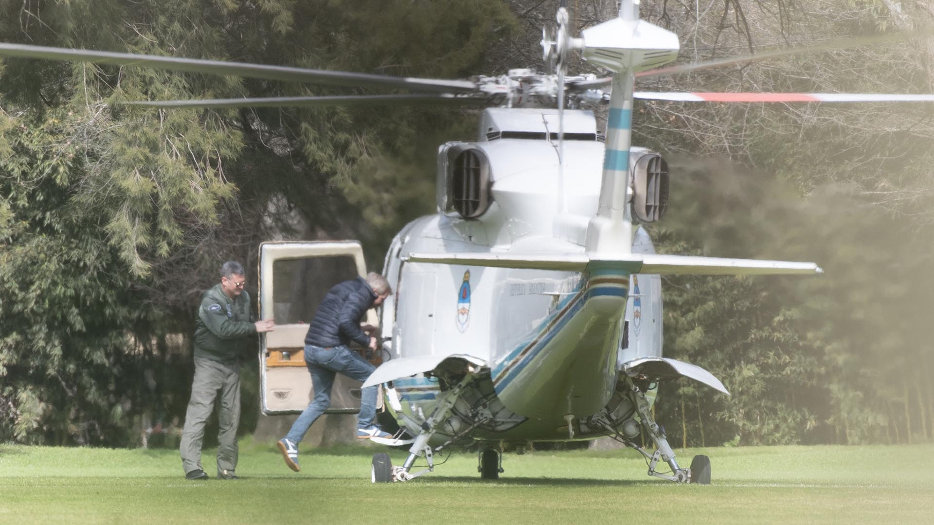 El ministro del Interior, Rogelio Frigerio, se retiró de Los Abrojos en el helicóptero presidencial