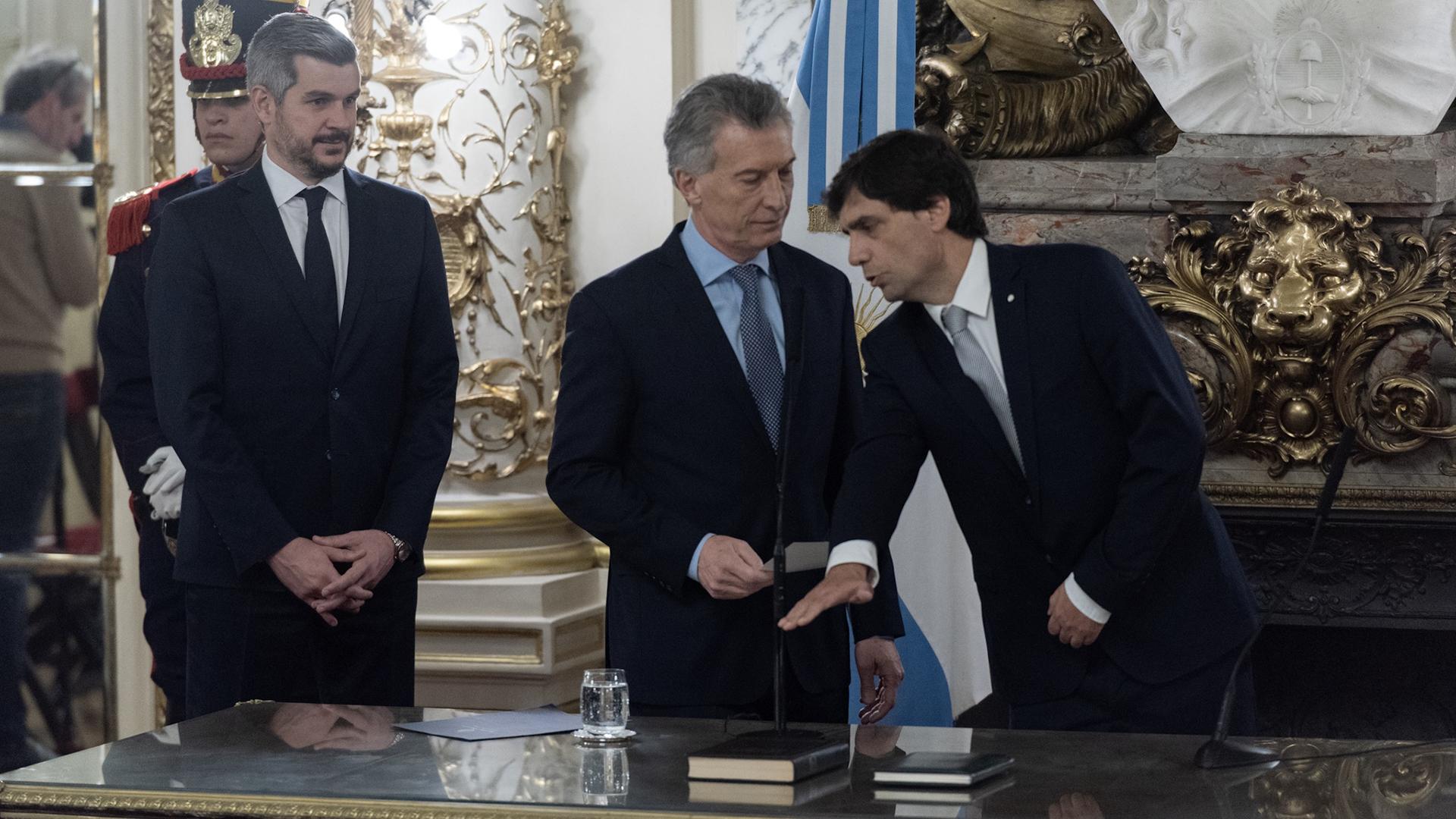 El momento en que Hernán Lacunza jura como ministro de Economía de la Nación