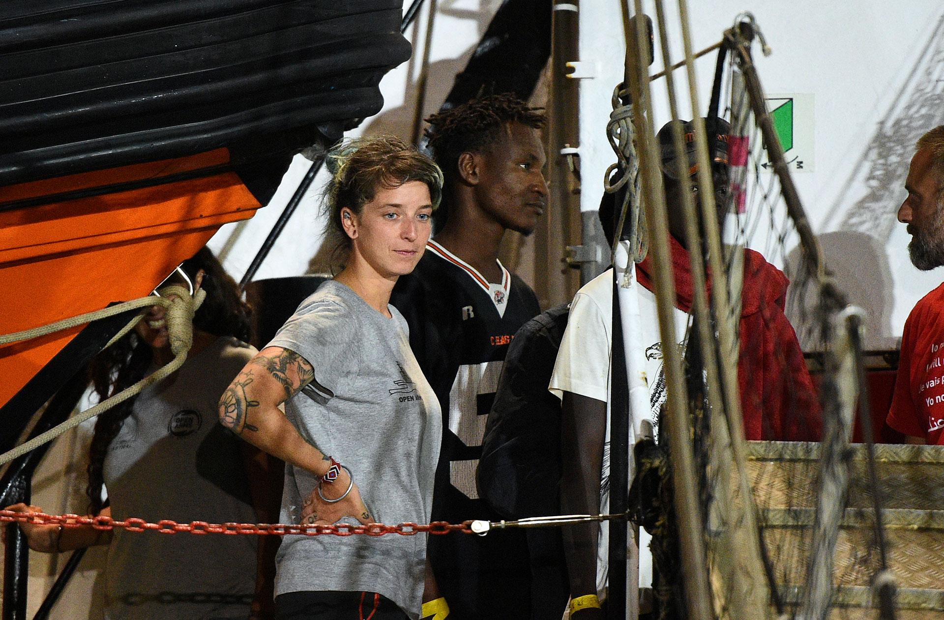 Anabel Montes Mier, Jefa de Misión, a bordo del barco de rescate español Open Arms (REUTERS/Guglielmo Mangiapane)