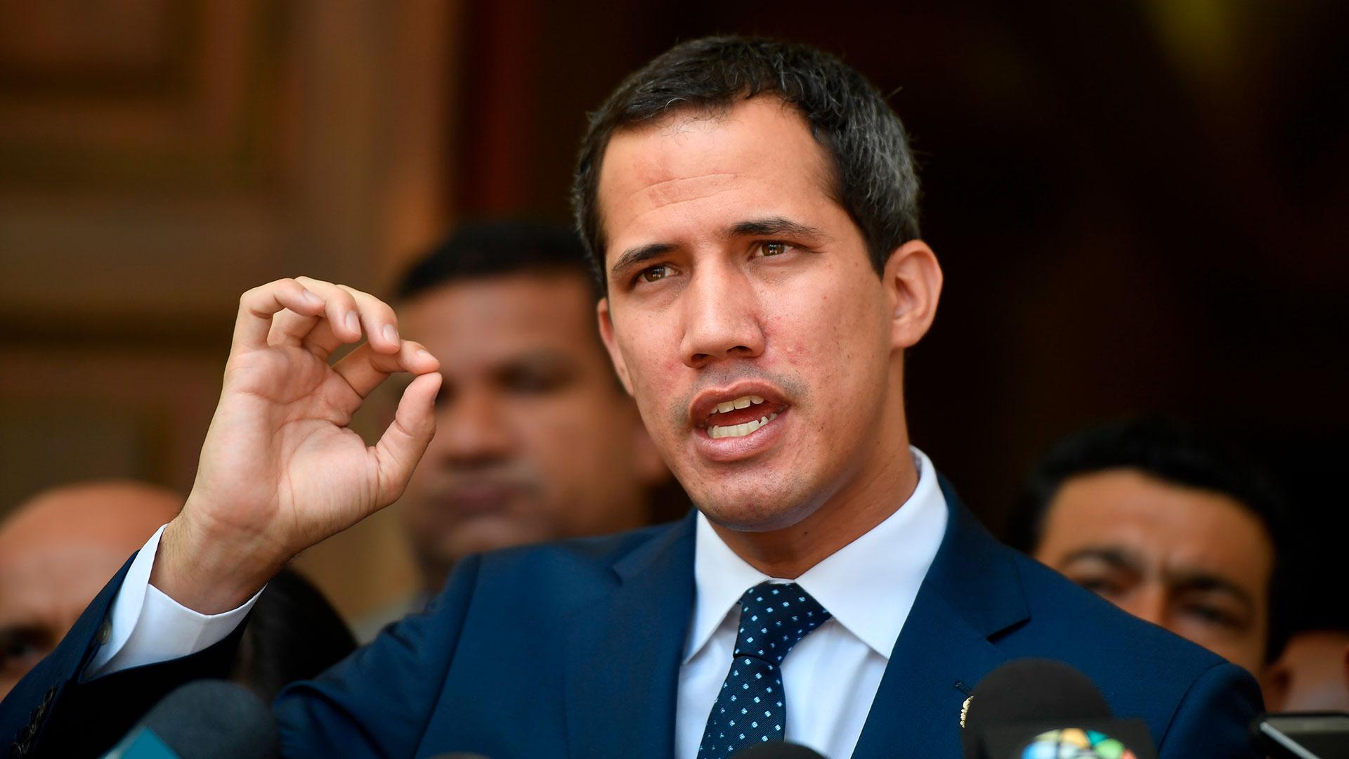 """Juan Guaidó reveló que """"no hay fecha"""" para la reanudación del diálogo con  el régimen de Maduro - Infobae"""