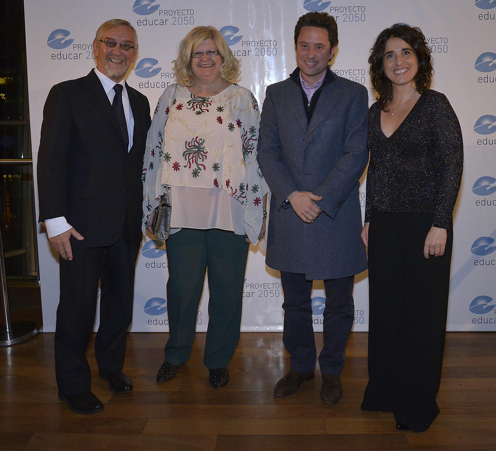 Álvarez Trongé, Claudia Balagué, ministra de Educación de Santa Fe, Gabriel Sánchez Zinny, ministro de la provincia de Buenos Aires, y Ruiz Morosini