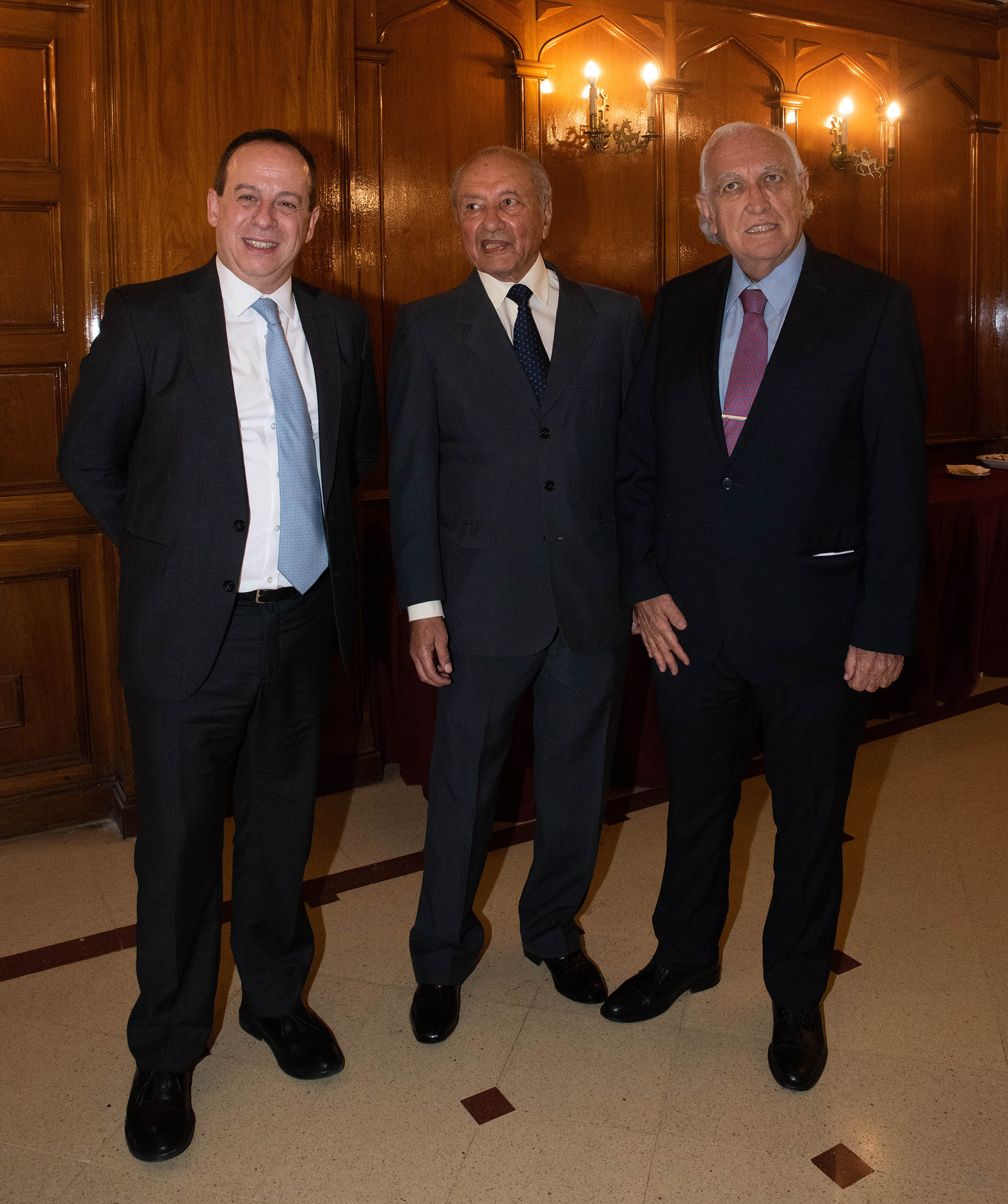Martín Etchevers, Eduardo Menem y Ricardo Gil Lavedra
