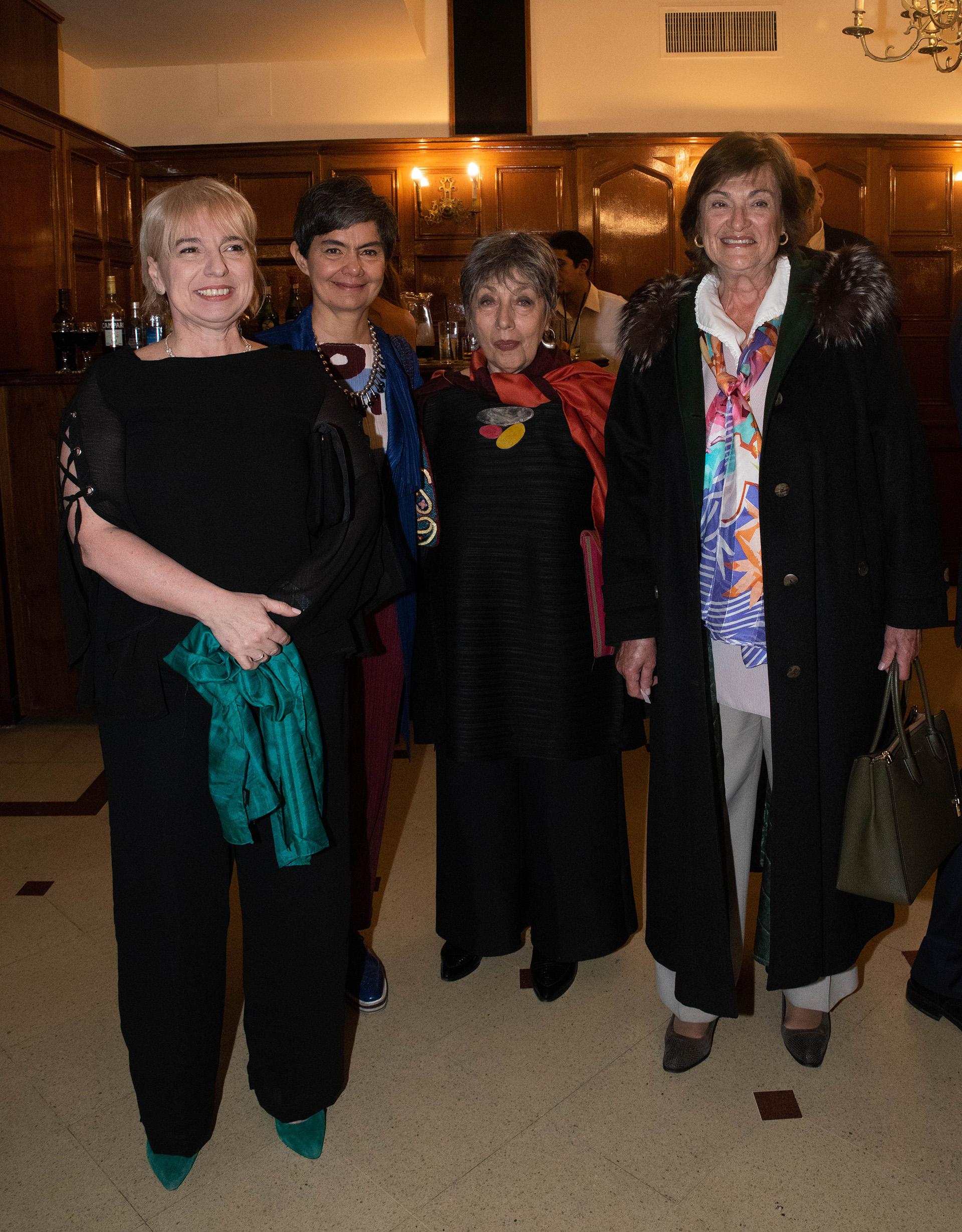 Silvana Giudici, titular del Enacom; María Eugenia Estenssoro; Norma Morandini; María Angélica Gelli, miembro del Consejo Consultivo de la Asociación Argentina de Derecho Constitucional