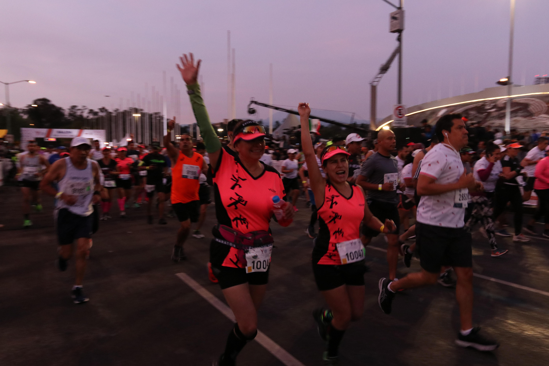 La competición contará con unos 25.000 corredores, la mayoría recreativos, que buscarán mejorar sus registros personales o cumplir su primera experiencia en la mítica carrera (Foto: Cuartoscuro)
