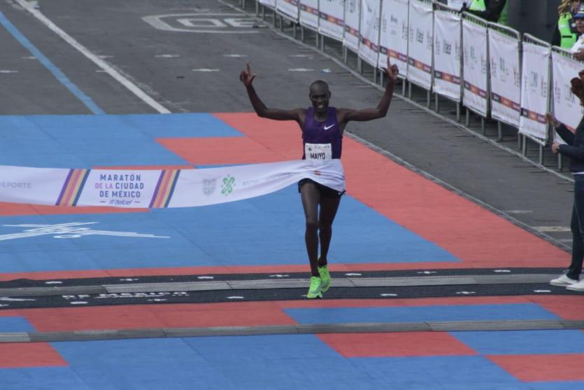Duncan Maiyo fue el ganador del Maratón de la Ciudad de México (Foto: @MaratonCDMX)