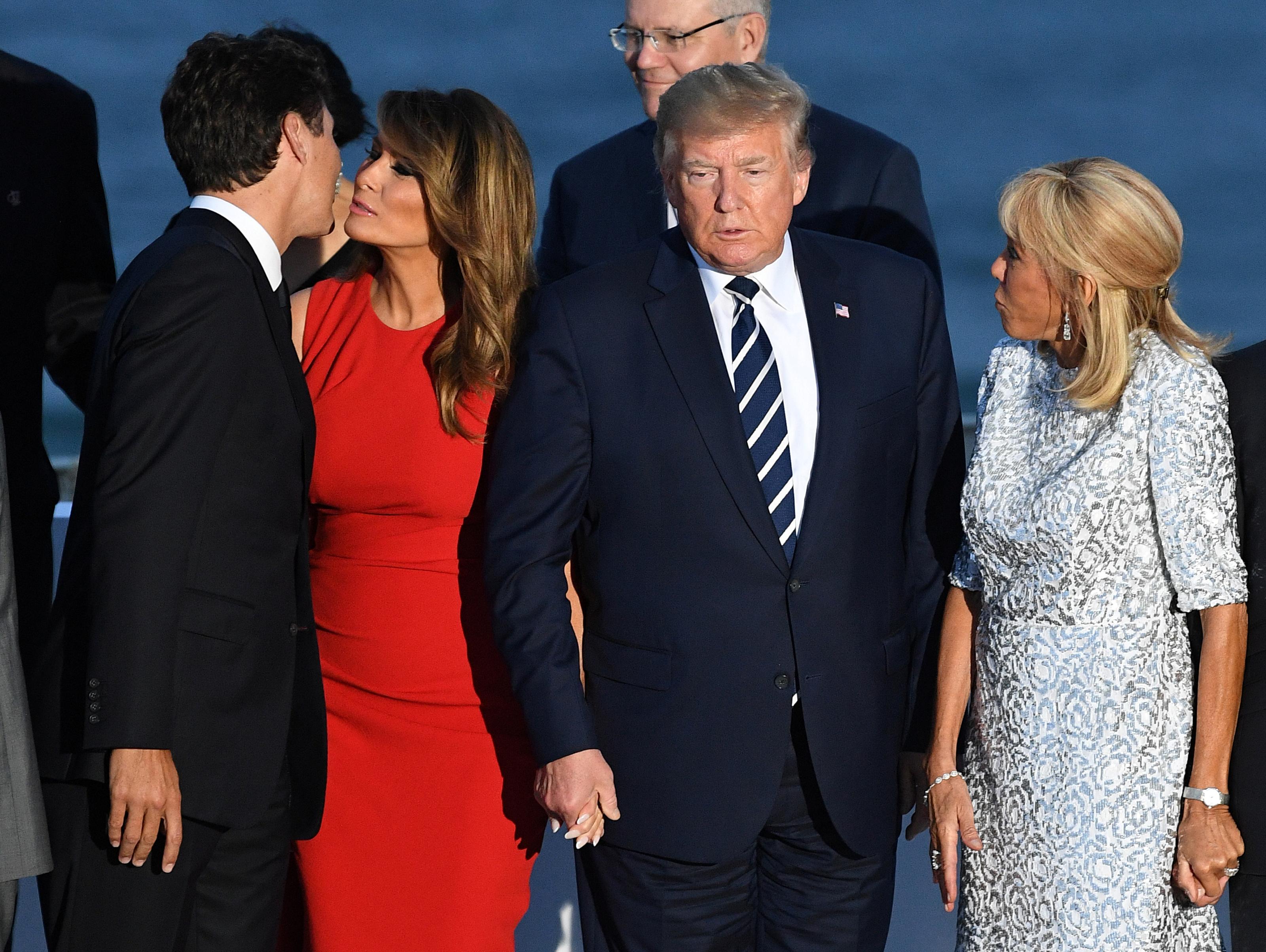 El beso entre el canadiense Justin Trudeau y la primera dama estadounidense Melania Trump fue viral en las redes sociales