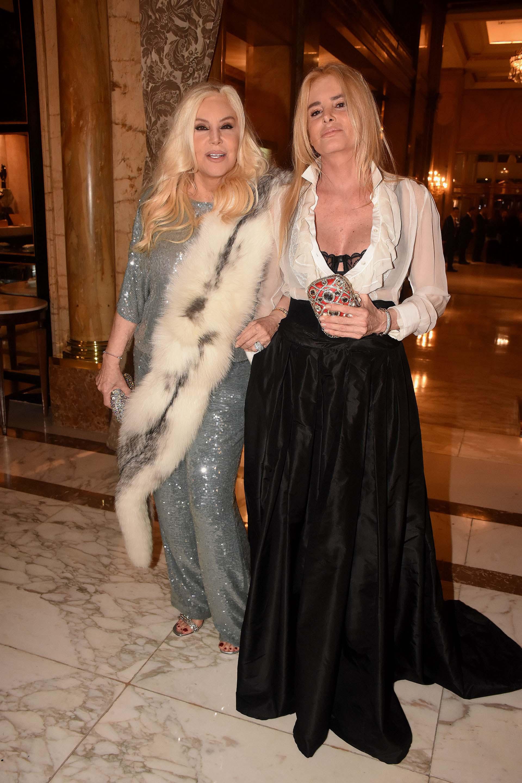 Susana Giménez llegó a la gala en el Alvear Palace Hotel en compañía de su hija, Mecha Sarrabayrouse