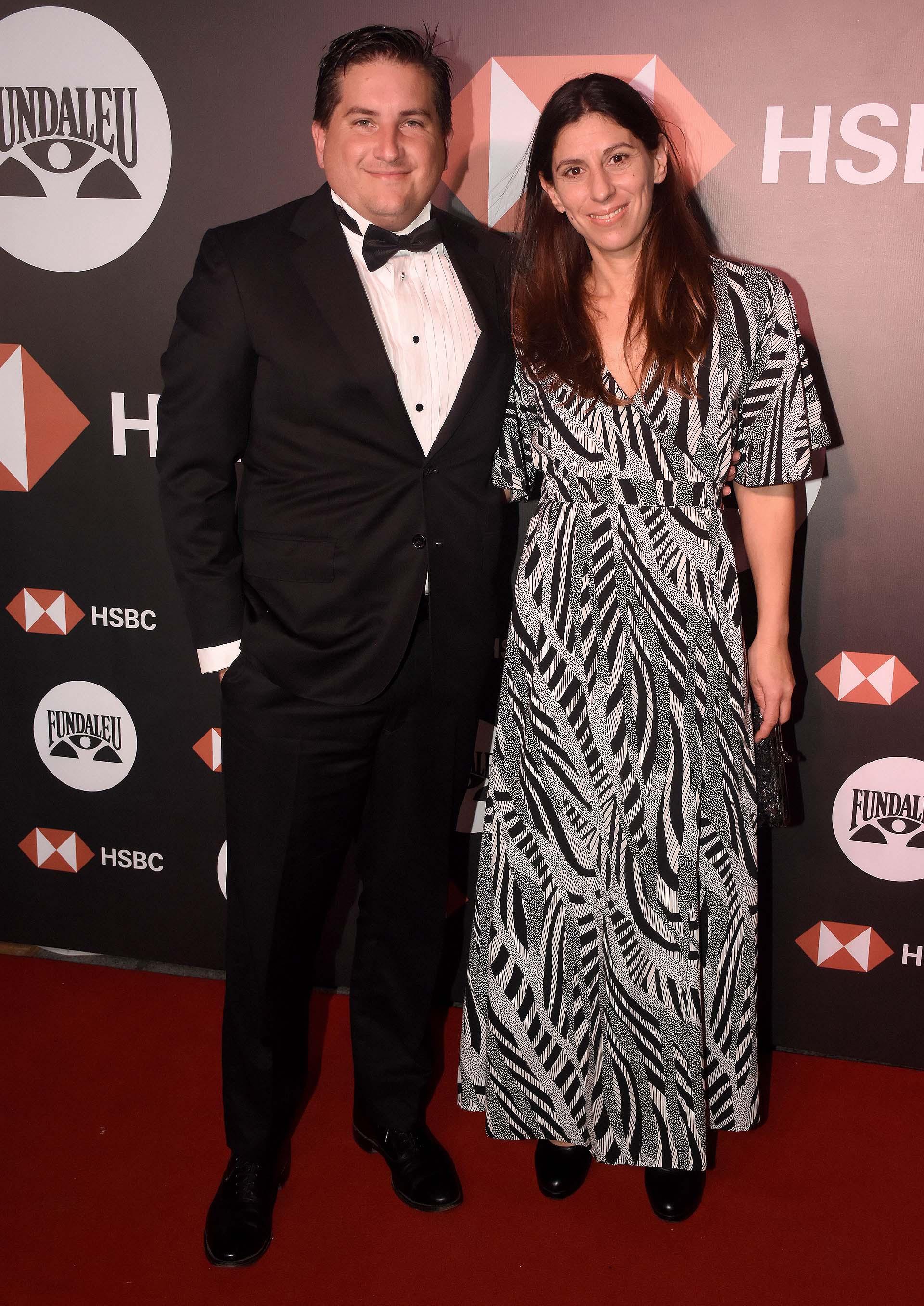 Gastón Corral, director de Relaciones Institucionales del Grupo Sancor Seguros, acompañado por su mujer Romina Sasso